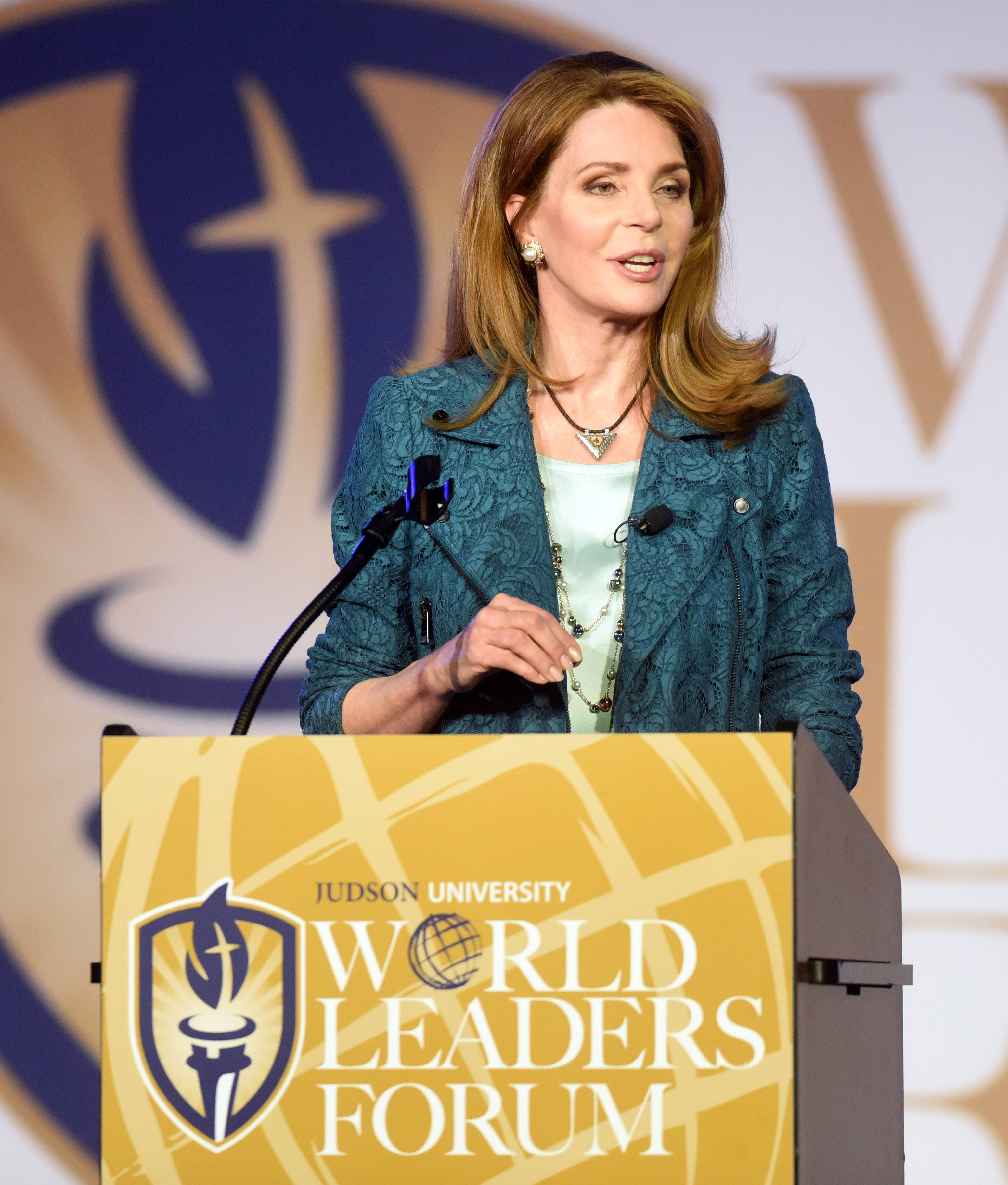 Jordan's Queen Noor speaks of humanity for refugees at Elgin forum