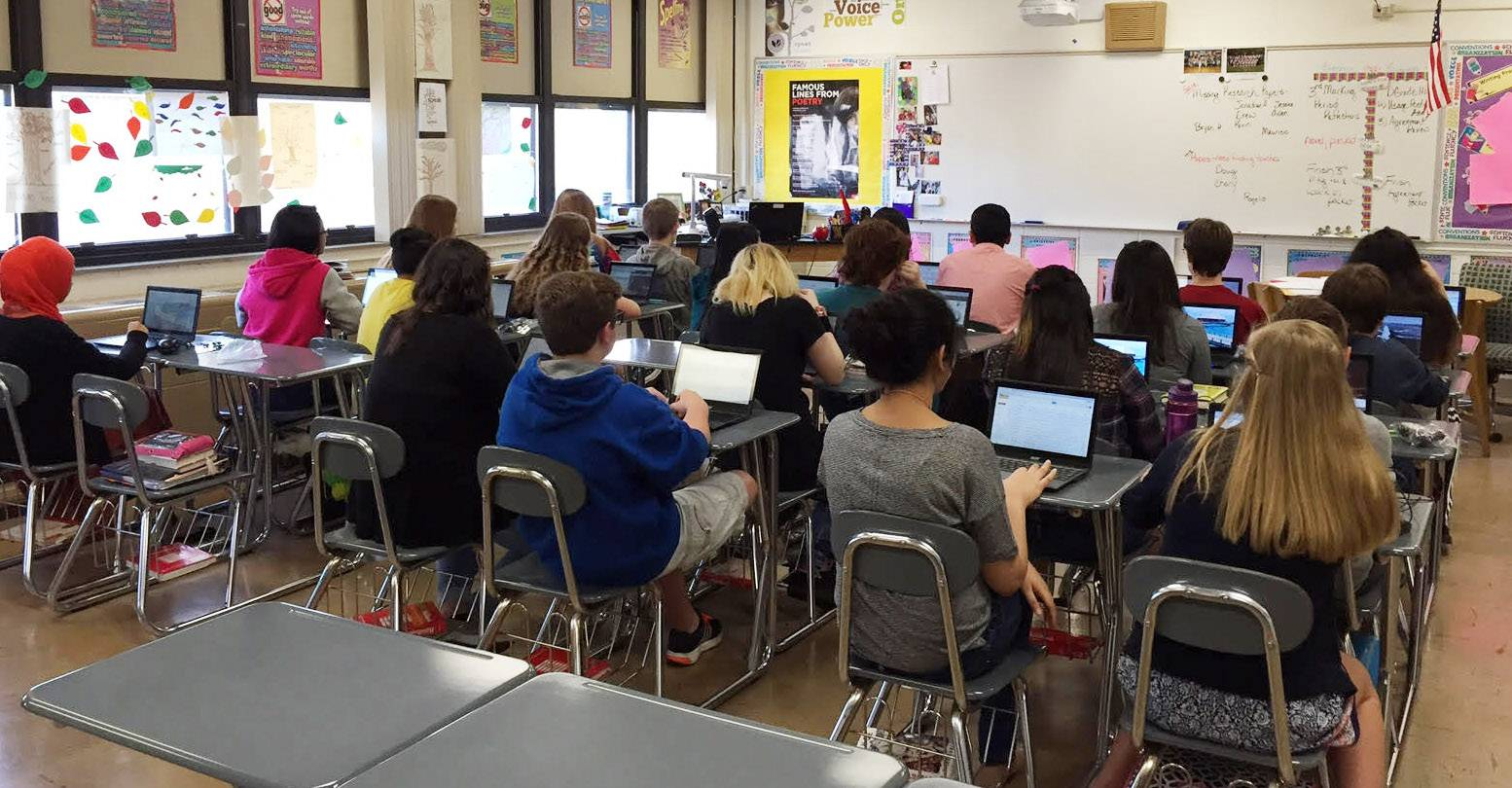 All Wauconda High freshmen to get Chromebooks in fall