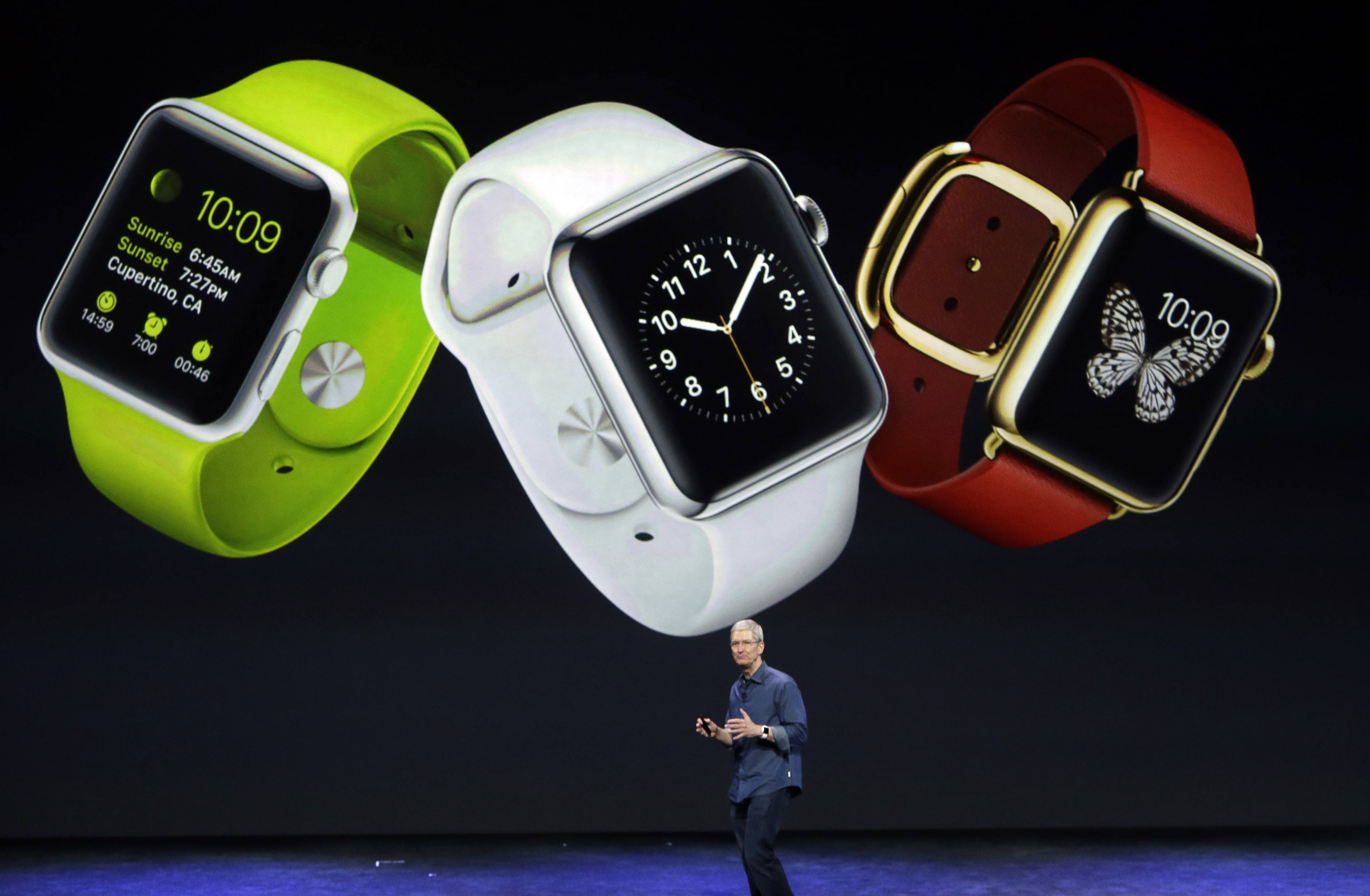 Many wondered if the arrival of the Apple watch would change the look of the company's retail stores. So far, the answer is no.