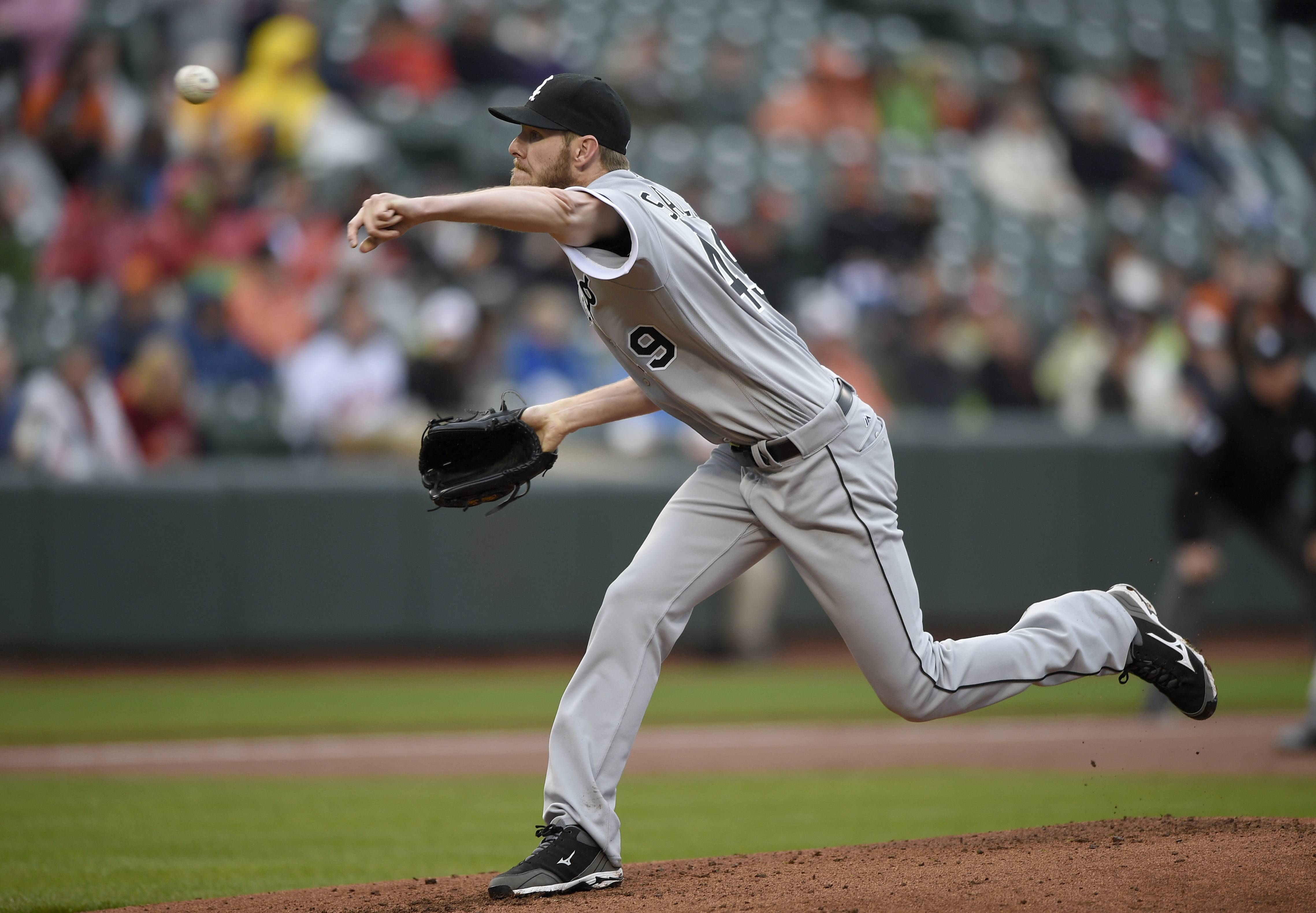 Chicago White Sox starting pitcher Chris Sale delivers a pitch during the first inning of a baseball game against the Baltimore Orioles, Sunday, May 1, 2016, in Baltimore.