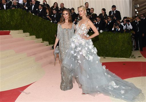 84a5b2eda36 Light-up gowns and gladiators  Met Gala fashion was fierce