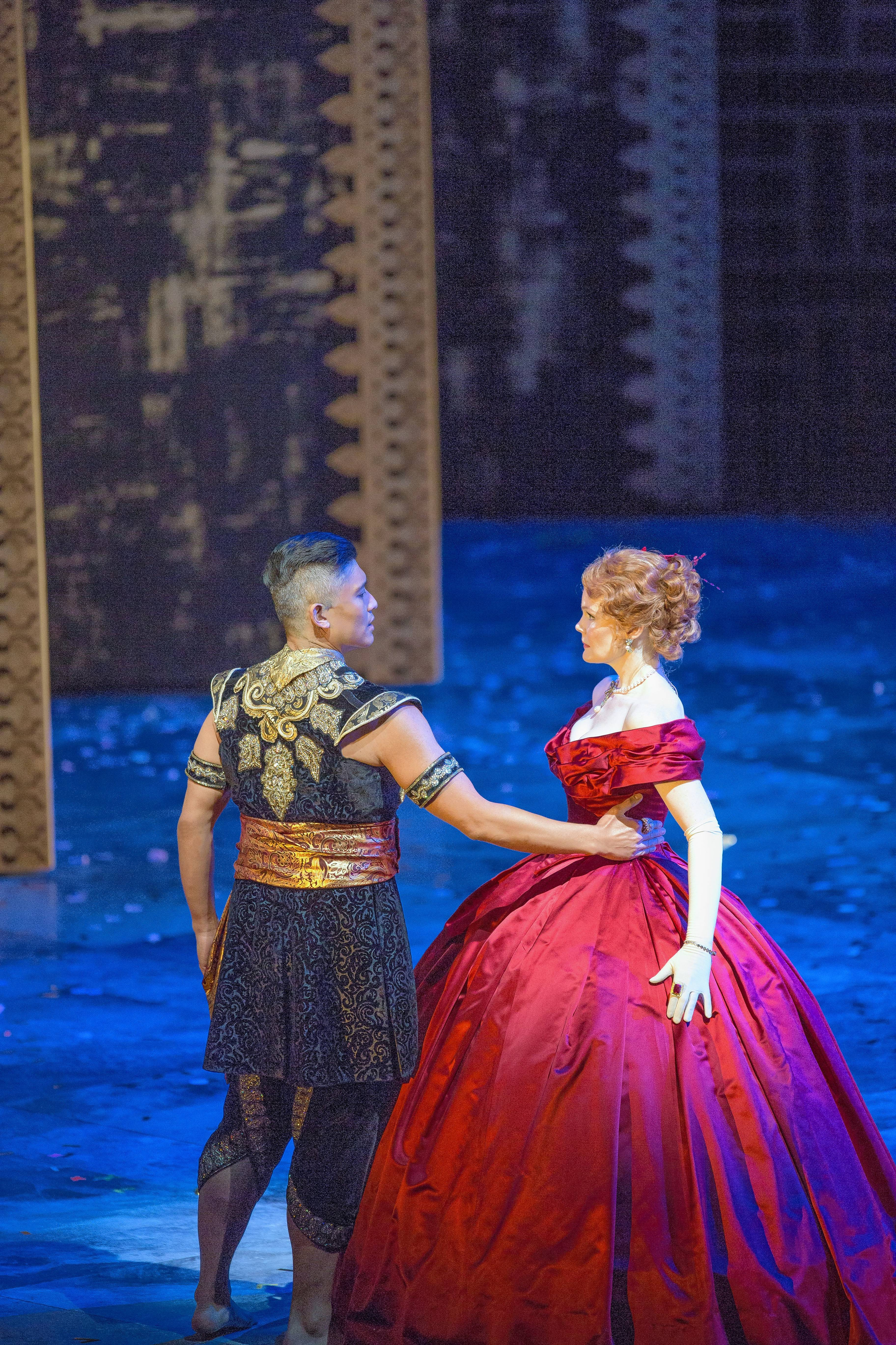 "Kate Baldwin and Paolo Montalban star as Anna and the King of Siam in Lyric Opera of Chicago's ""The King and I."""