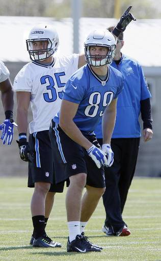 Jerseys NFL Outlet - Lions put players on field for 1st time with GM Bob Quinn