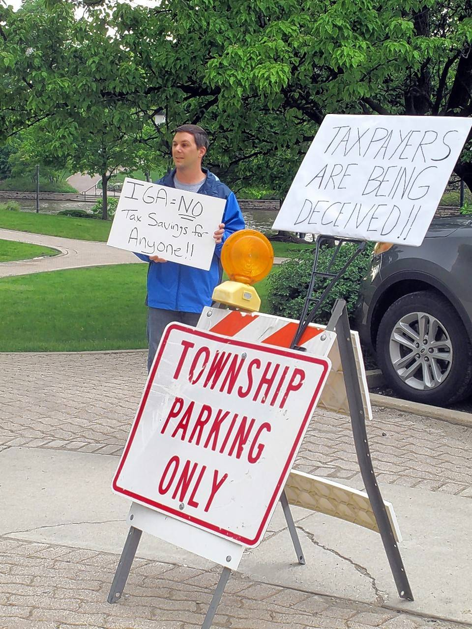 Naperville Township cuts road budget after no deal reached with city