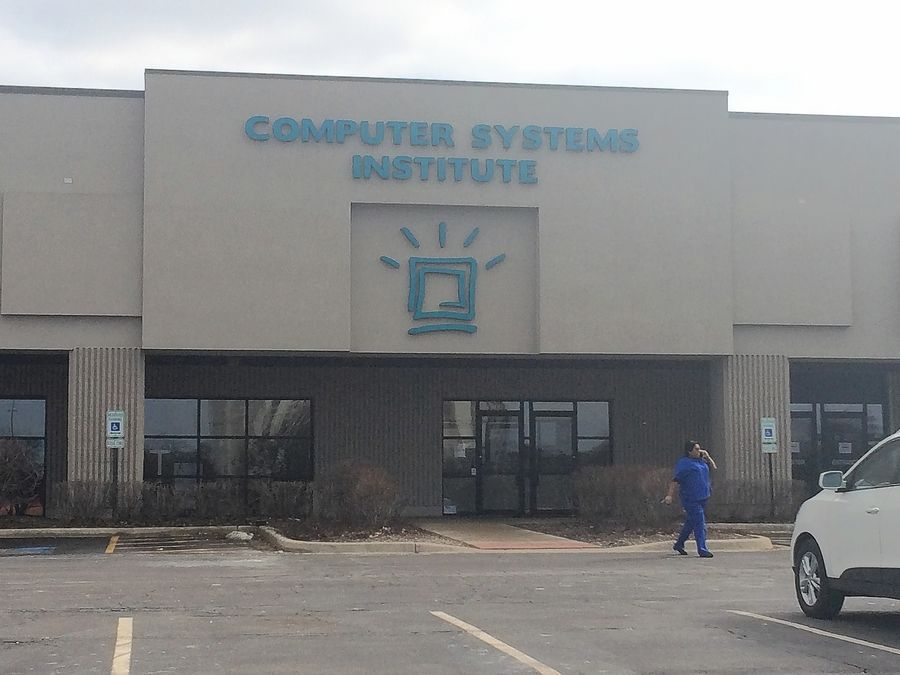 A student said furniture and equipment were being removed from the Elgin campus of Computer Systems Institute, whose CEO declined to say if it's closing.