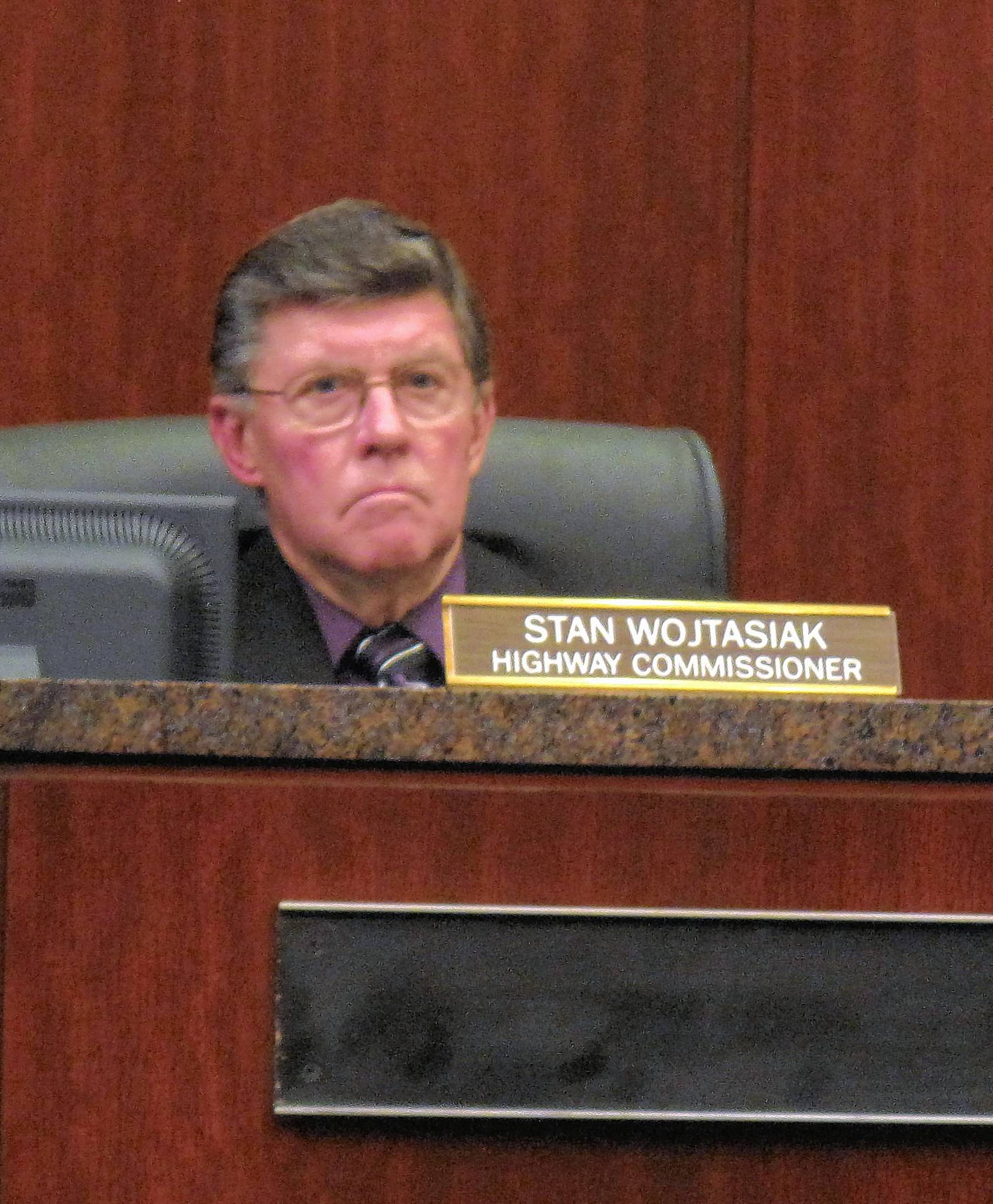 Naperville Township Highway commissioner files lawsuit over budget cuts