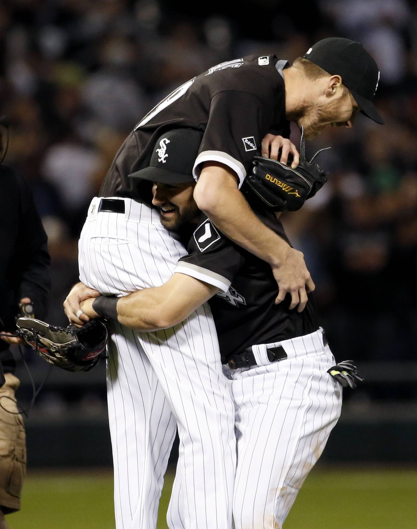 White Sox starter Chris Sale, left, celebrates with Adam Eaton Chris Sale pitched his second straight complete game Thursday night, lifting the Chicago White Sox to a 2-1 win over the Astros. Sale improved his record to 9-0.