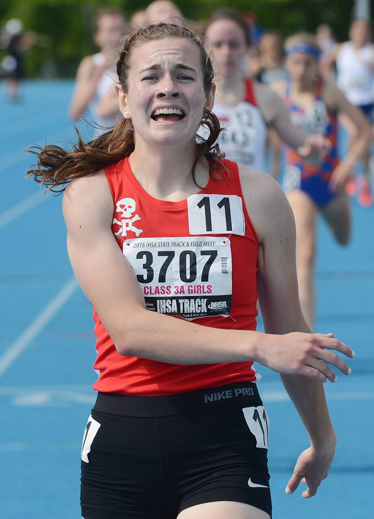 Girls track and field: Thrilling wins for Palatine's O'Brien, St. Viator's Drab