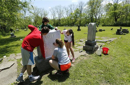 High school students give mid-1800s cemetery new life