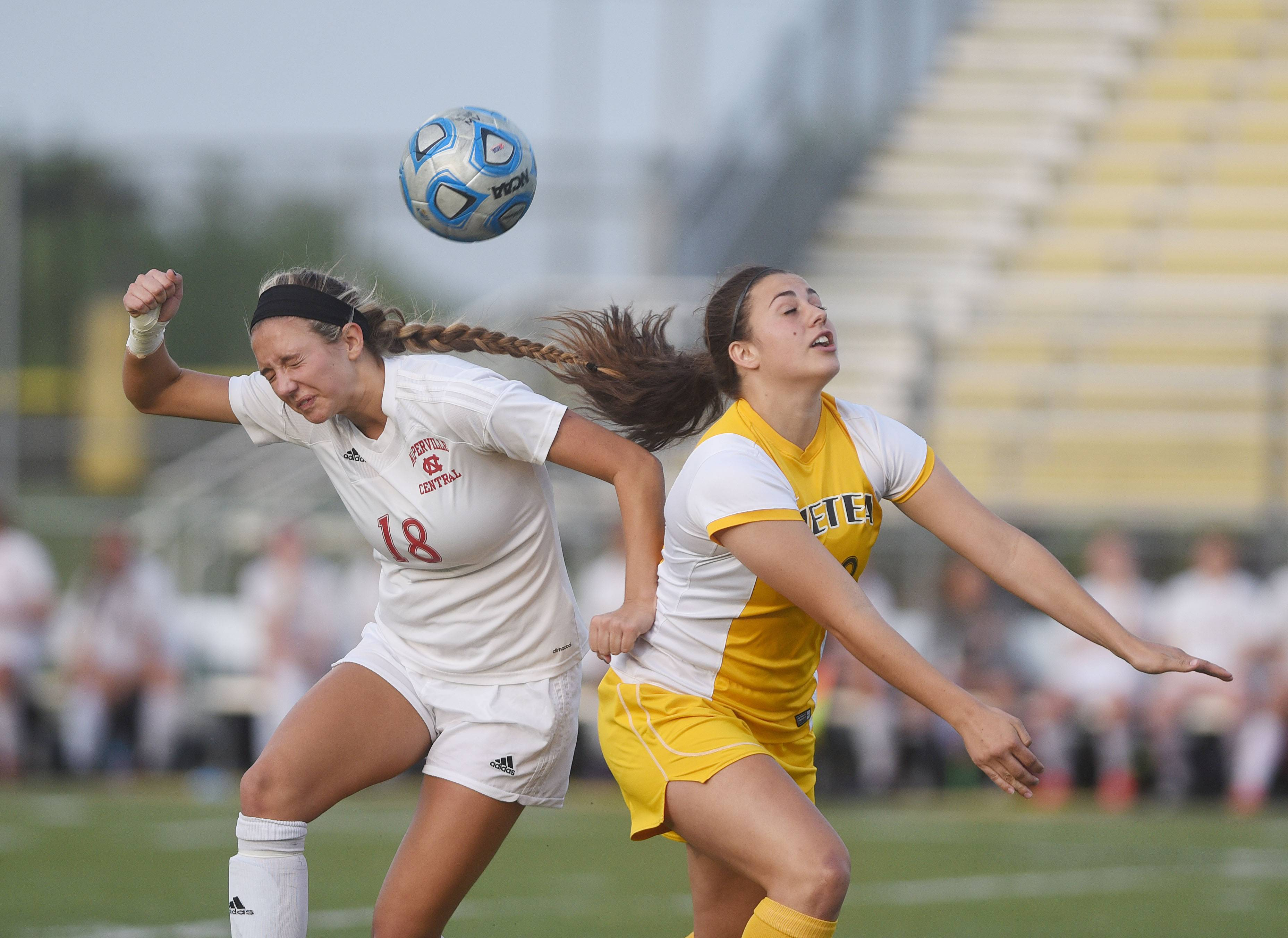 Girls soccer: Metea Valley perseveres against Naperville Central