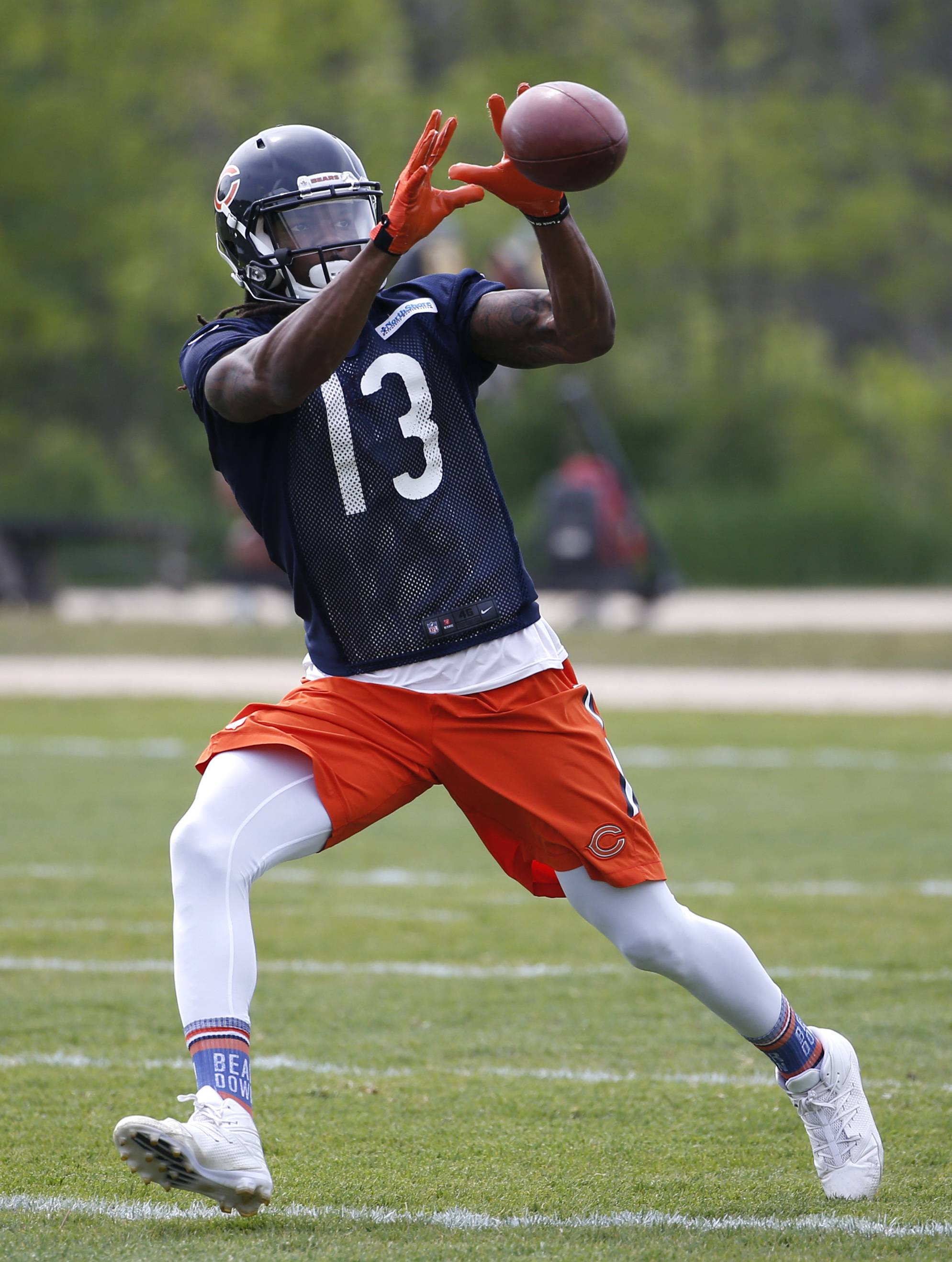 "There's no doubt in Kevin White's mind that he's completely over the shin splints that required surgery a year ago and robbed him of his entire rookie season. ""I don't even think about it,"" the seventh overall pick in the 2015 draft said after Wednesday's OTA."