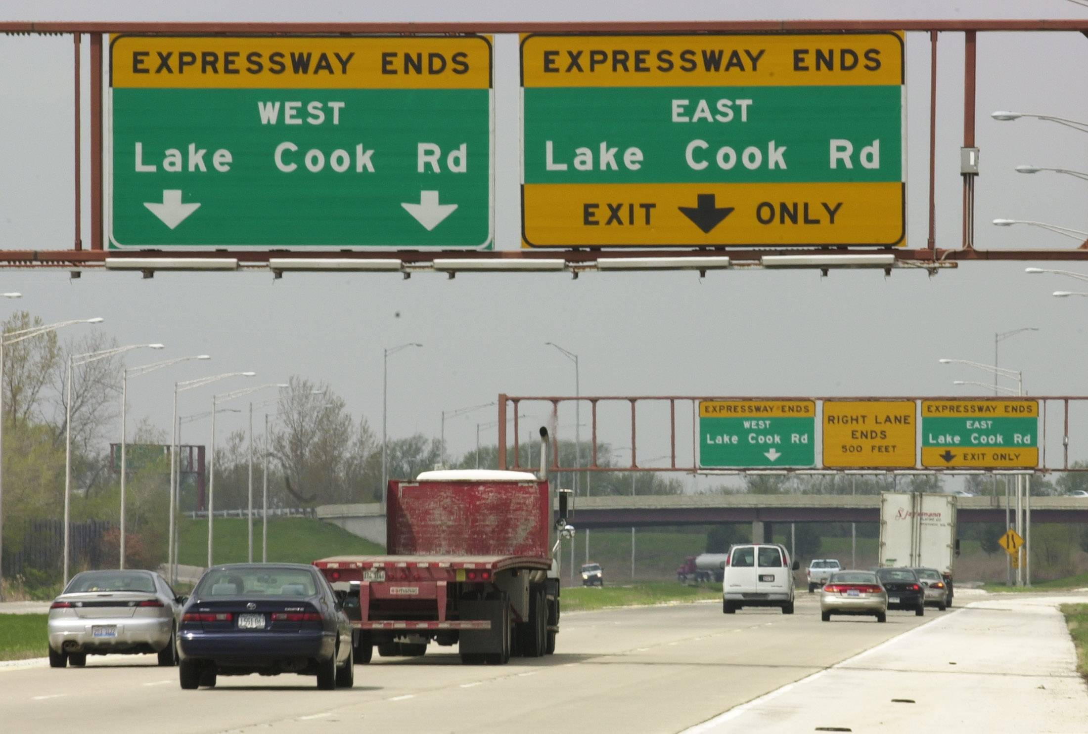 Daily Herald File Photo Route 53 ends in Cook County, but controversy over whether to extend it doesn't.