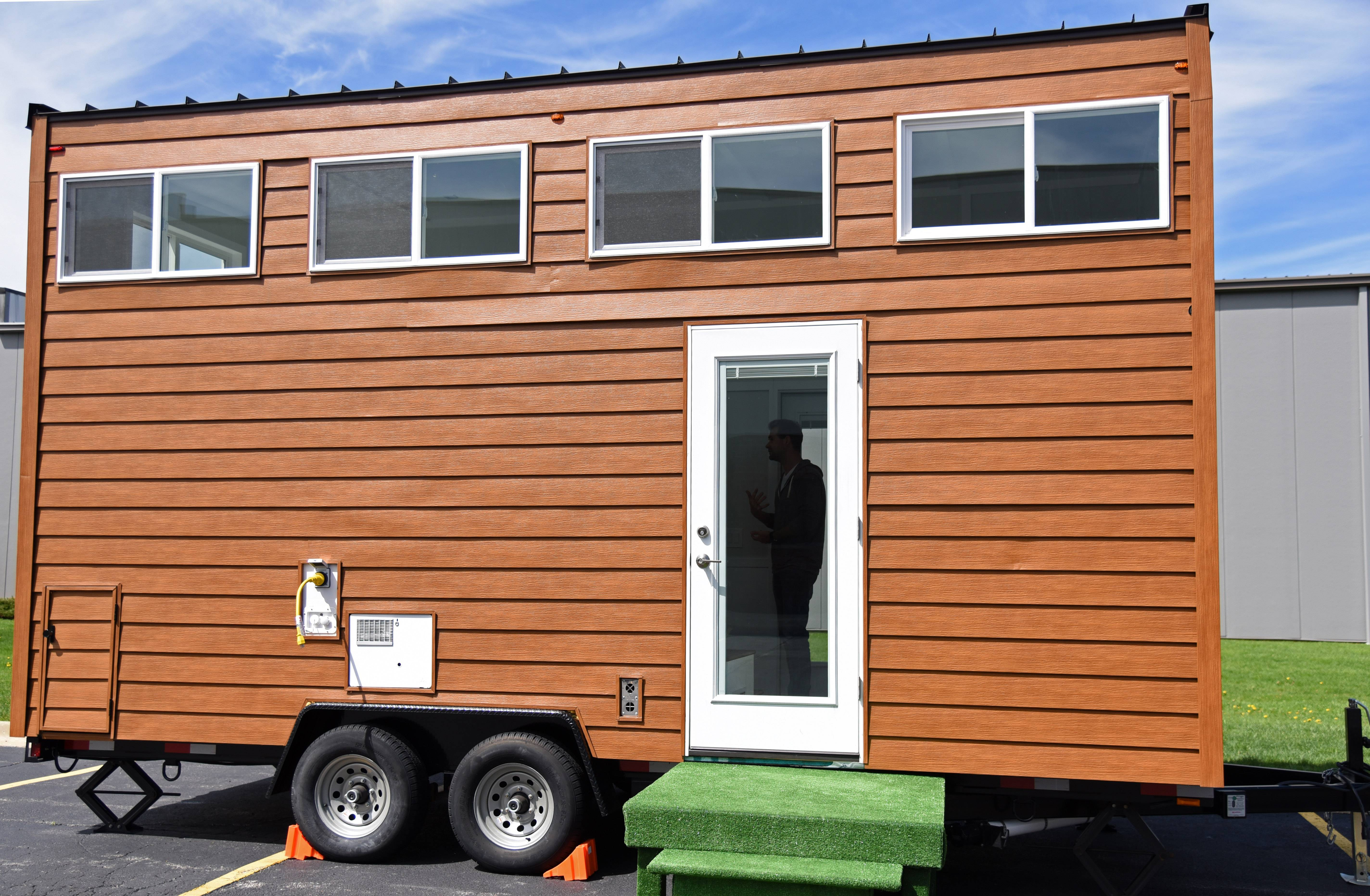 It Looks Small On The Outside, But Thereu0027s More To This Tiny House On The