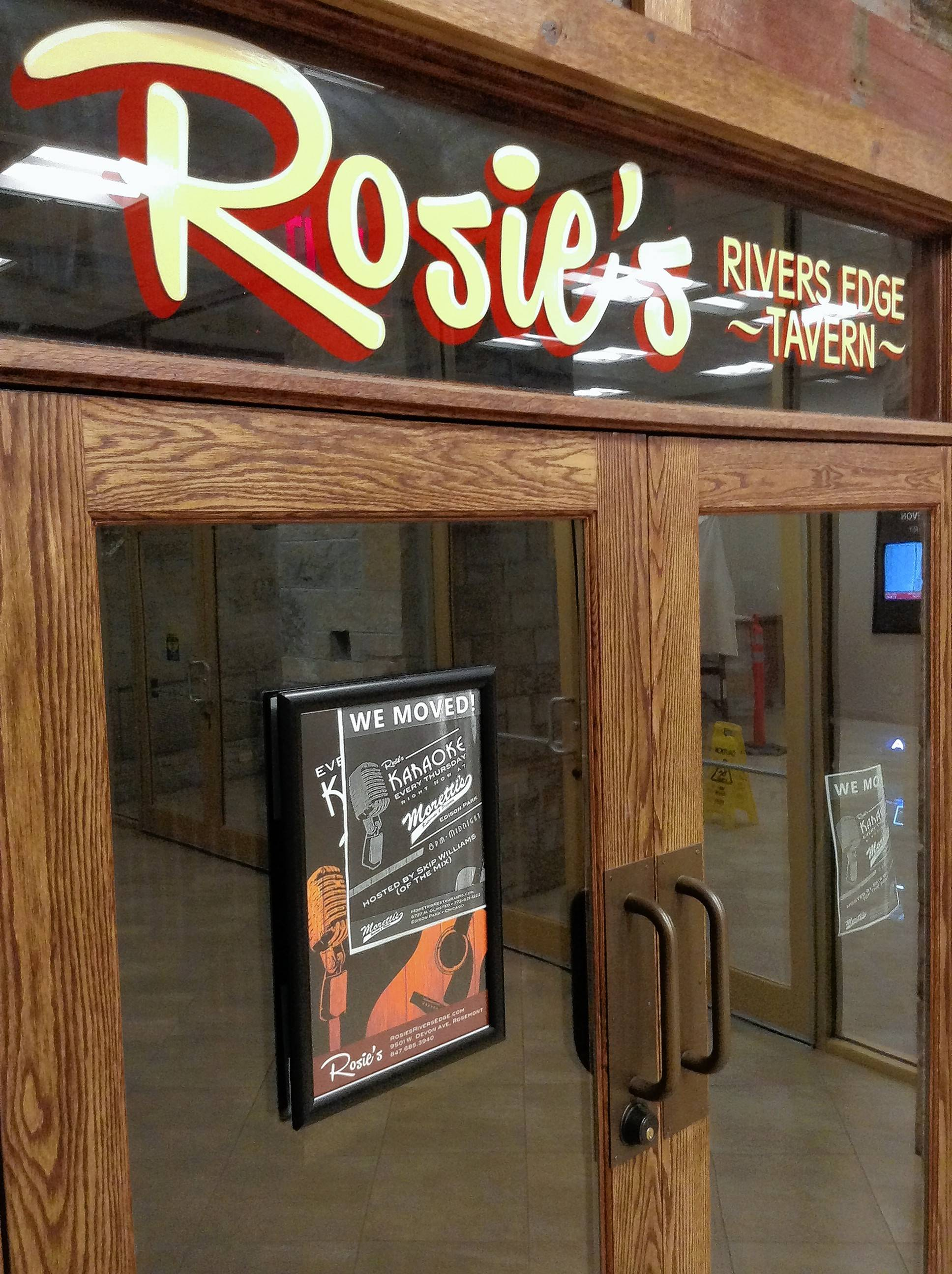 Gino's East to replace Rosie's River Edge Tavern in Rosemont