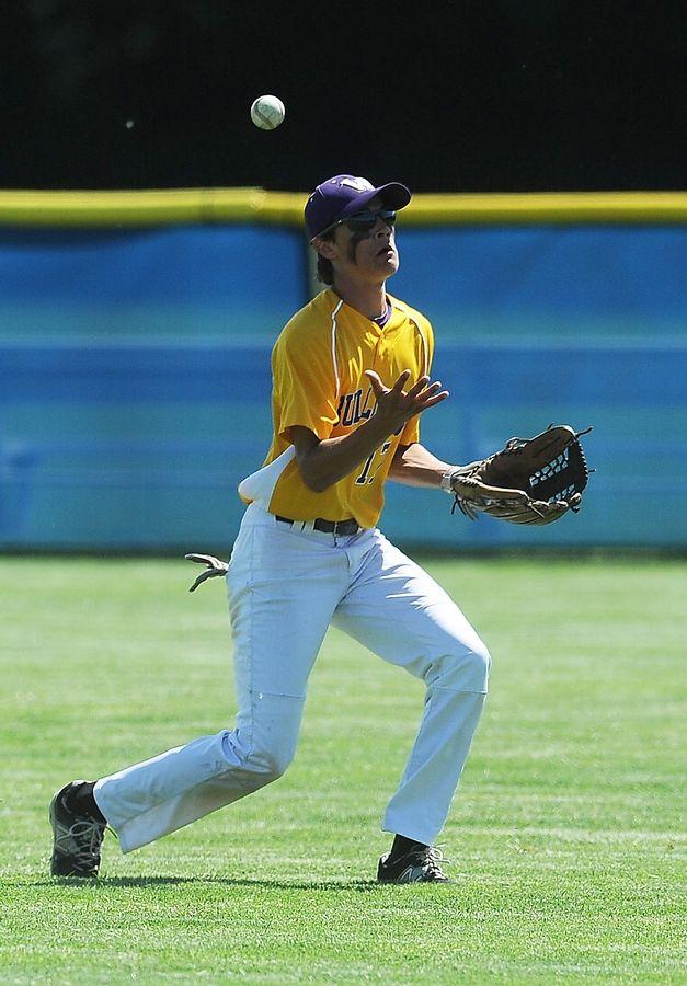 Baseball Kmet Helps St Viator Bring Down Wauconda