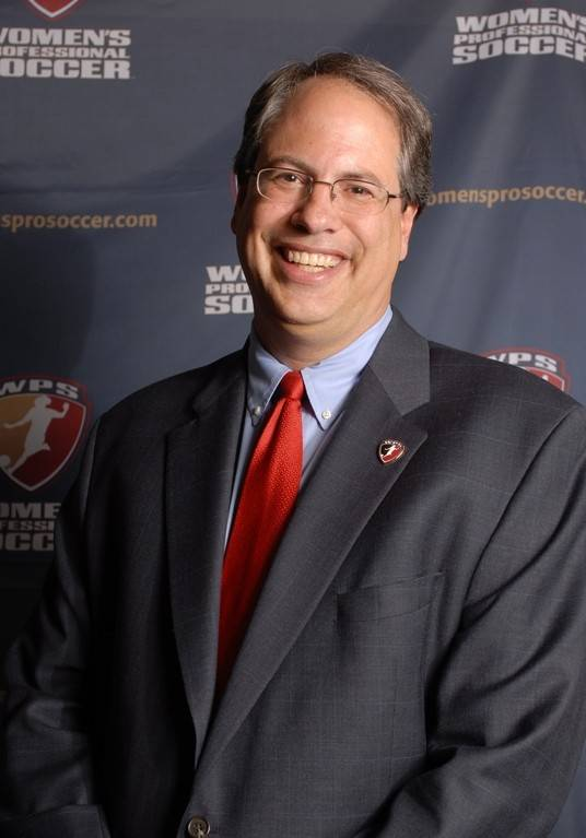 Peter Wilt, who has worked for the Chicago Fire and Chicago Red Stars, is working to bring another soccer team to Chicago through the North American Soccer League.