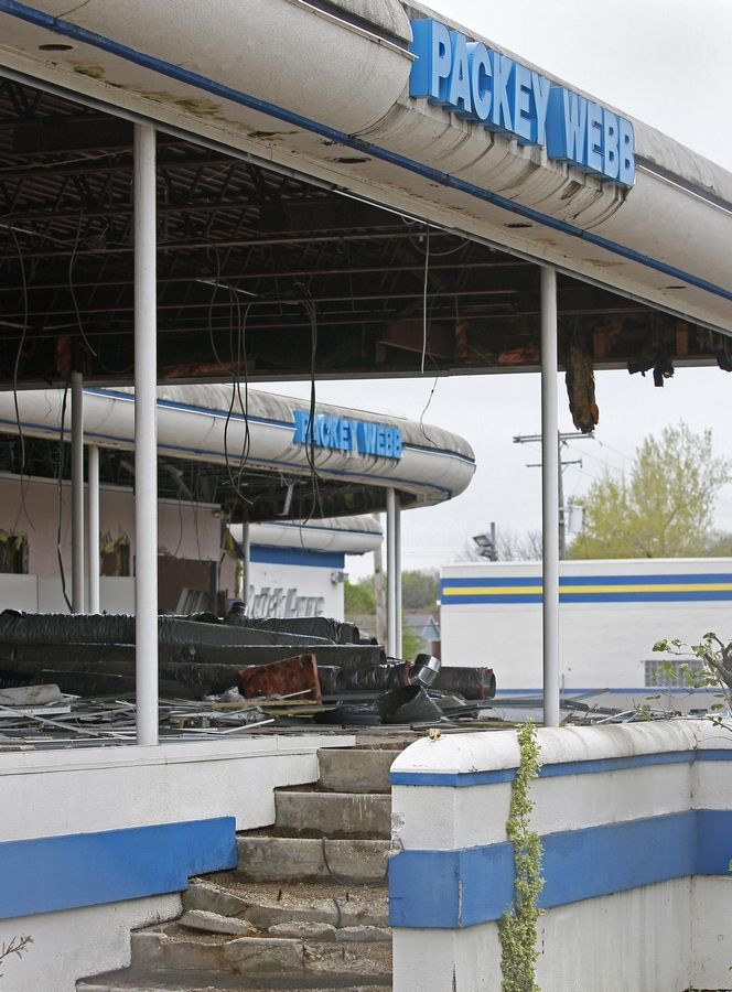 Packey Webb Ford >> Webb brothers close Wheaton car dealership, prep for new car storage business