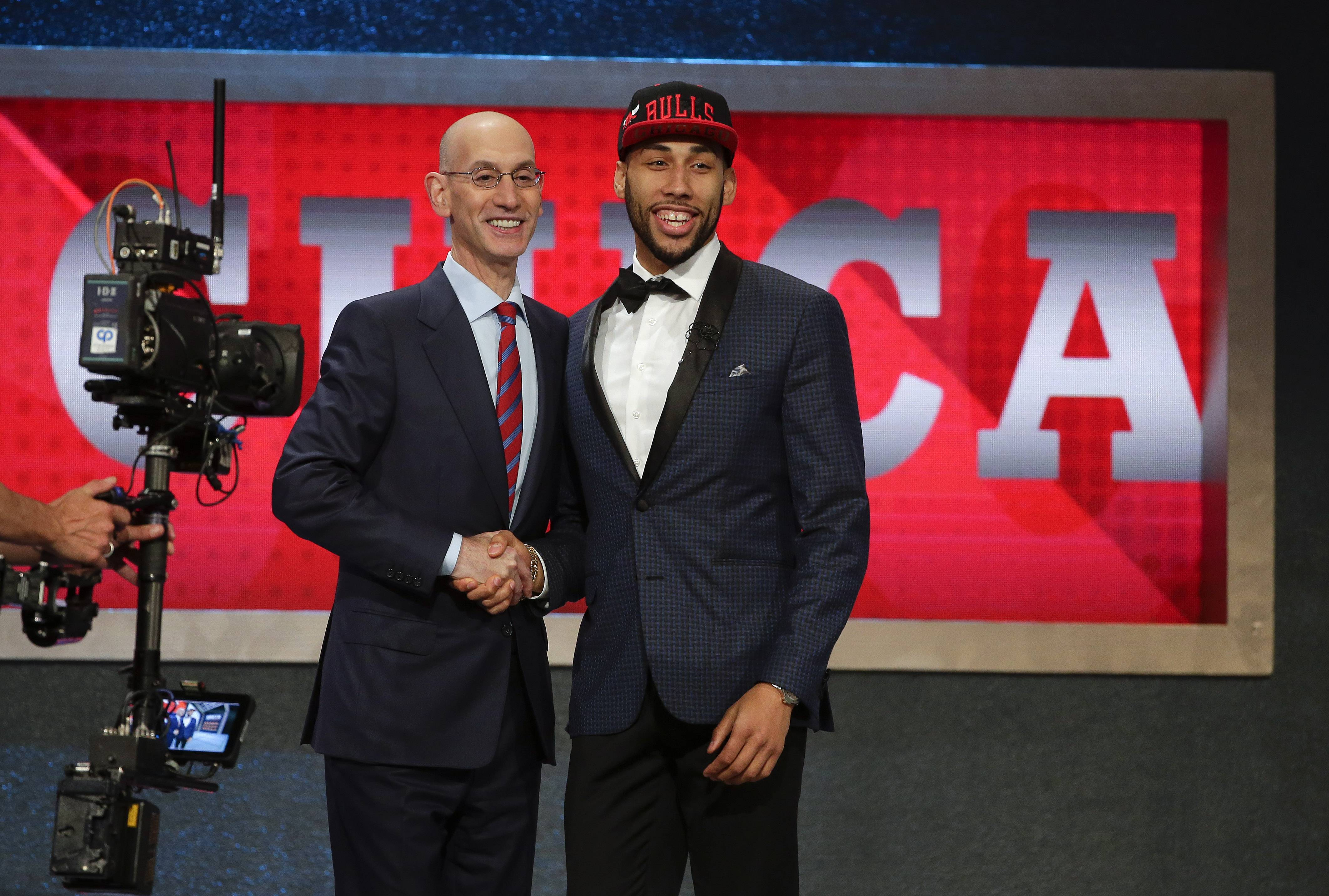 The Bulls stuck with their traditional plan and skipped over the 19-year-old projects to take Michigan State senior Denzel Valentine with the No. 14 pick of Thursday's NBA Draft.