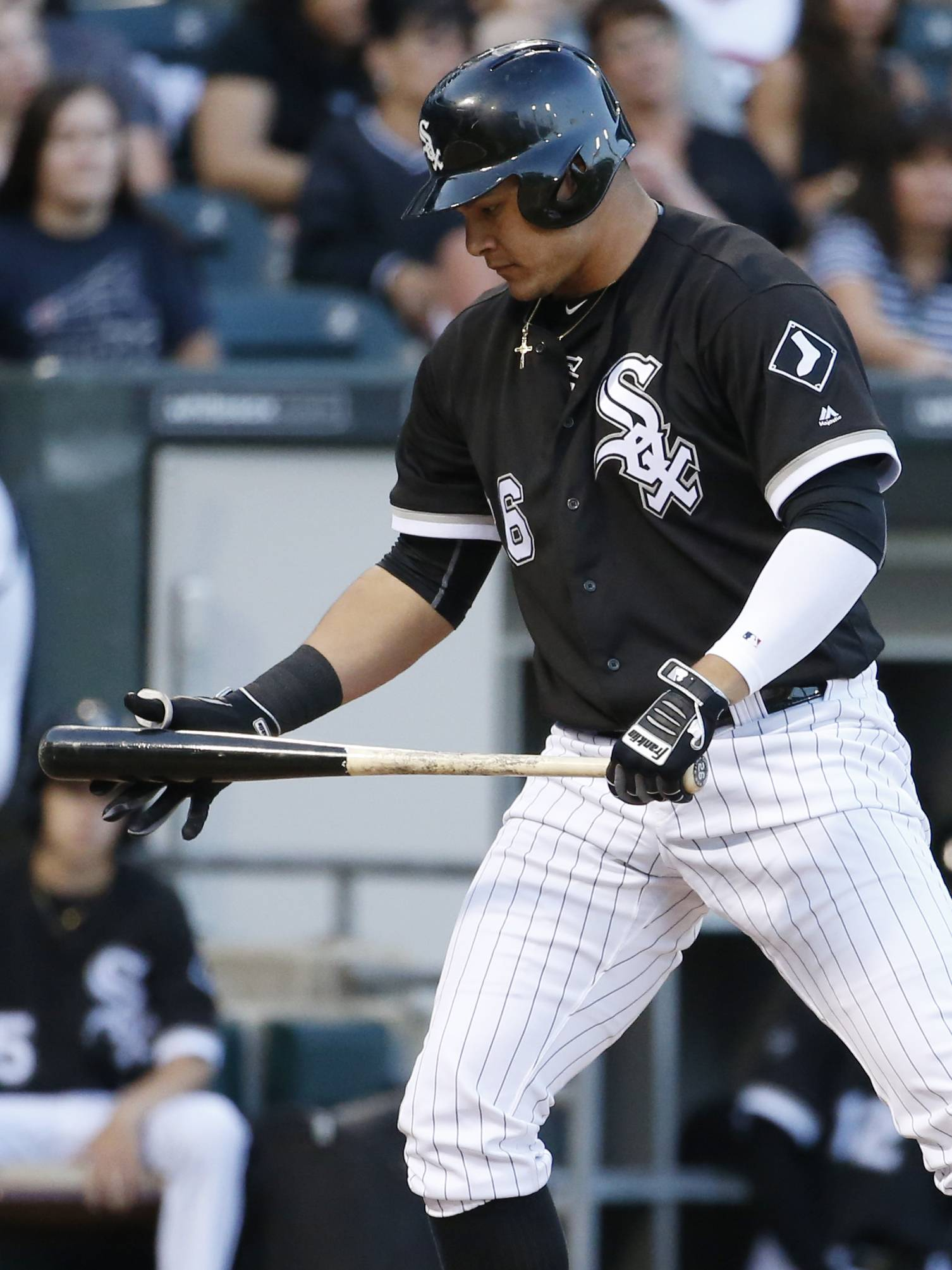 The bats were booming again Saturday afternoon at U.S. Cellular Field, but 7 solo home runs were not enough as the White Sox lost to the Toronto Blue Jays 10-8.