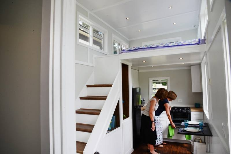 Tiny home draws big interest on Arlington Heights House Walk