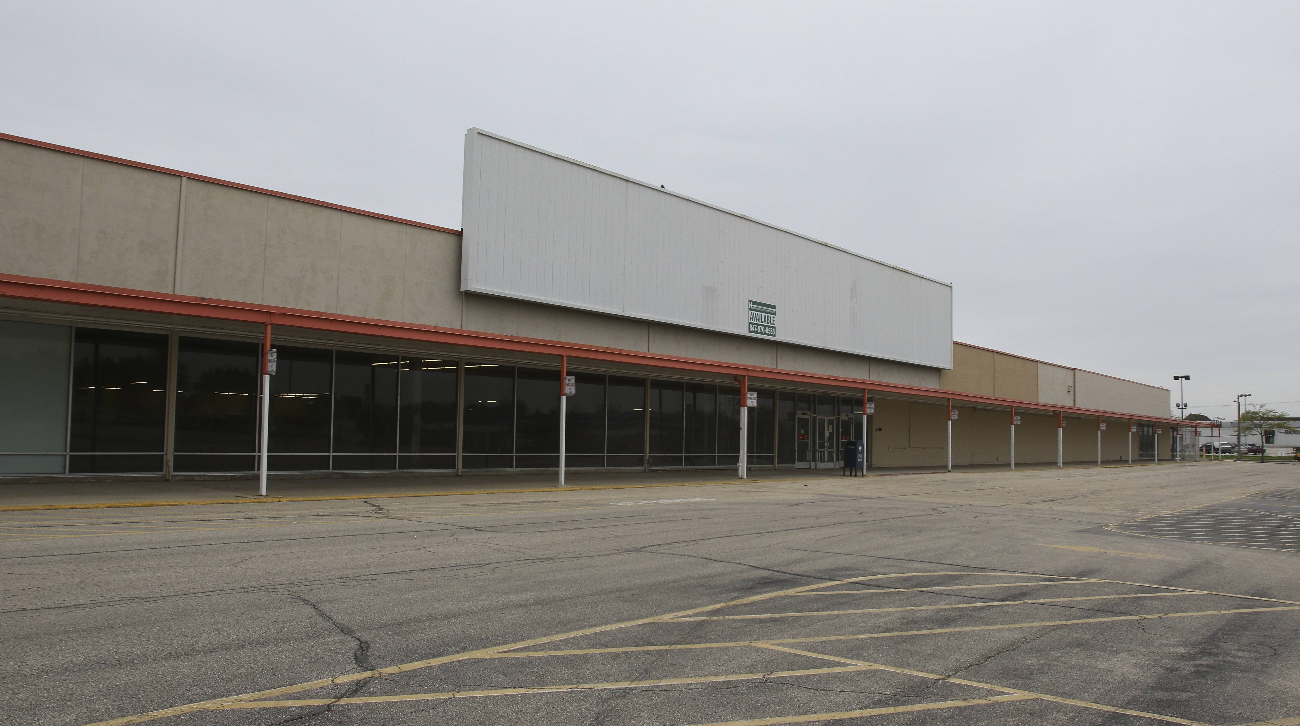 Mariano's a step closer to coming to former Lombard Kmart site