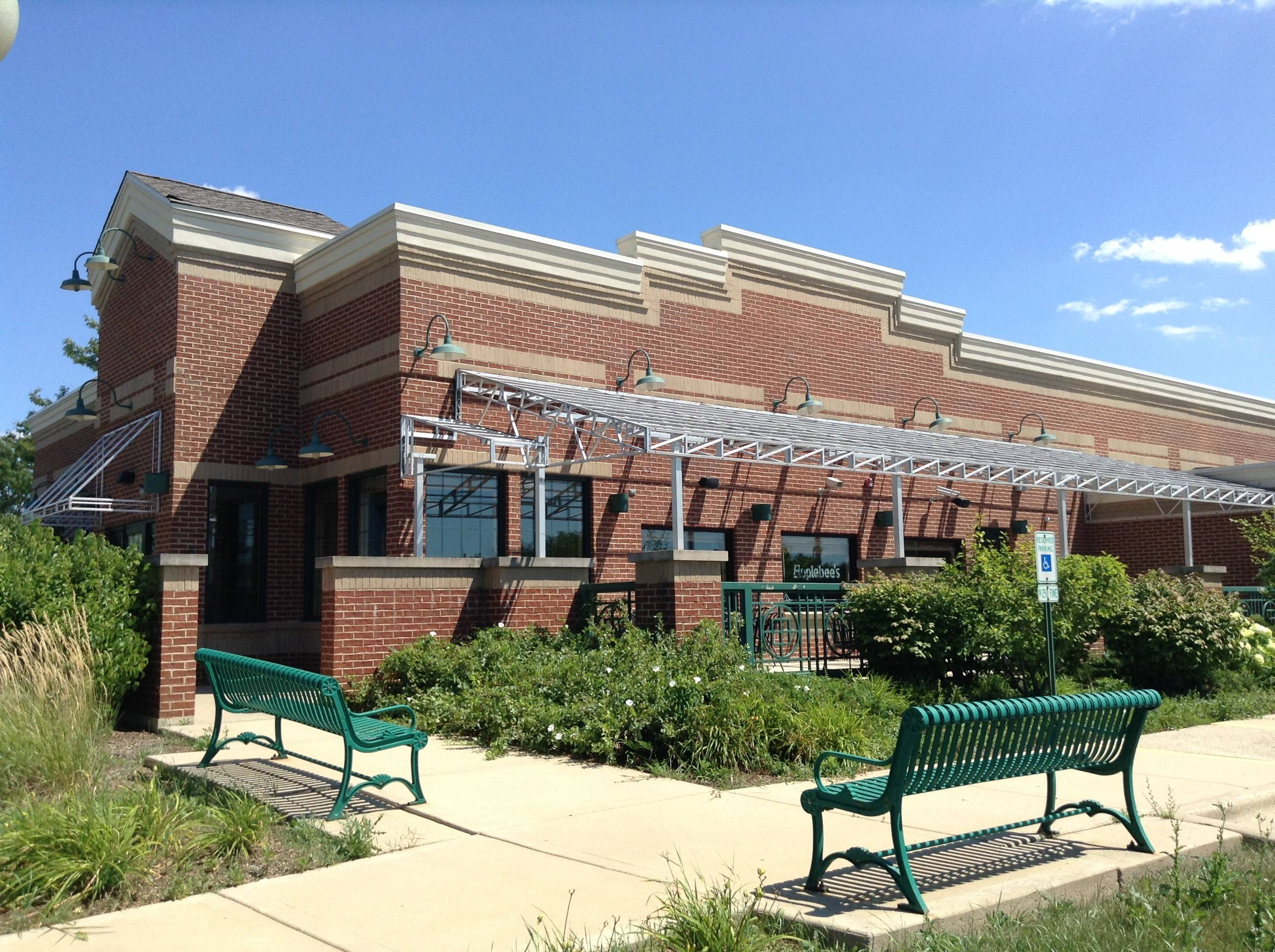 A new Walker Bros., The Original Pancake House, is expected to open in September in the former Applebee's building at 18 S. Roselle Road in Schaumburg's Town Square shopping center.