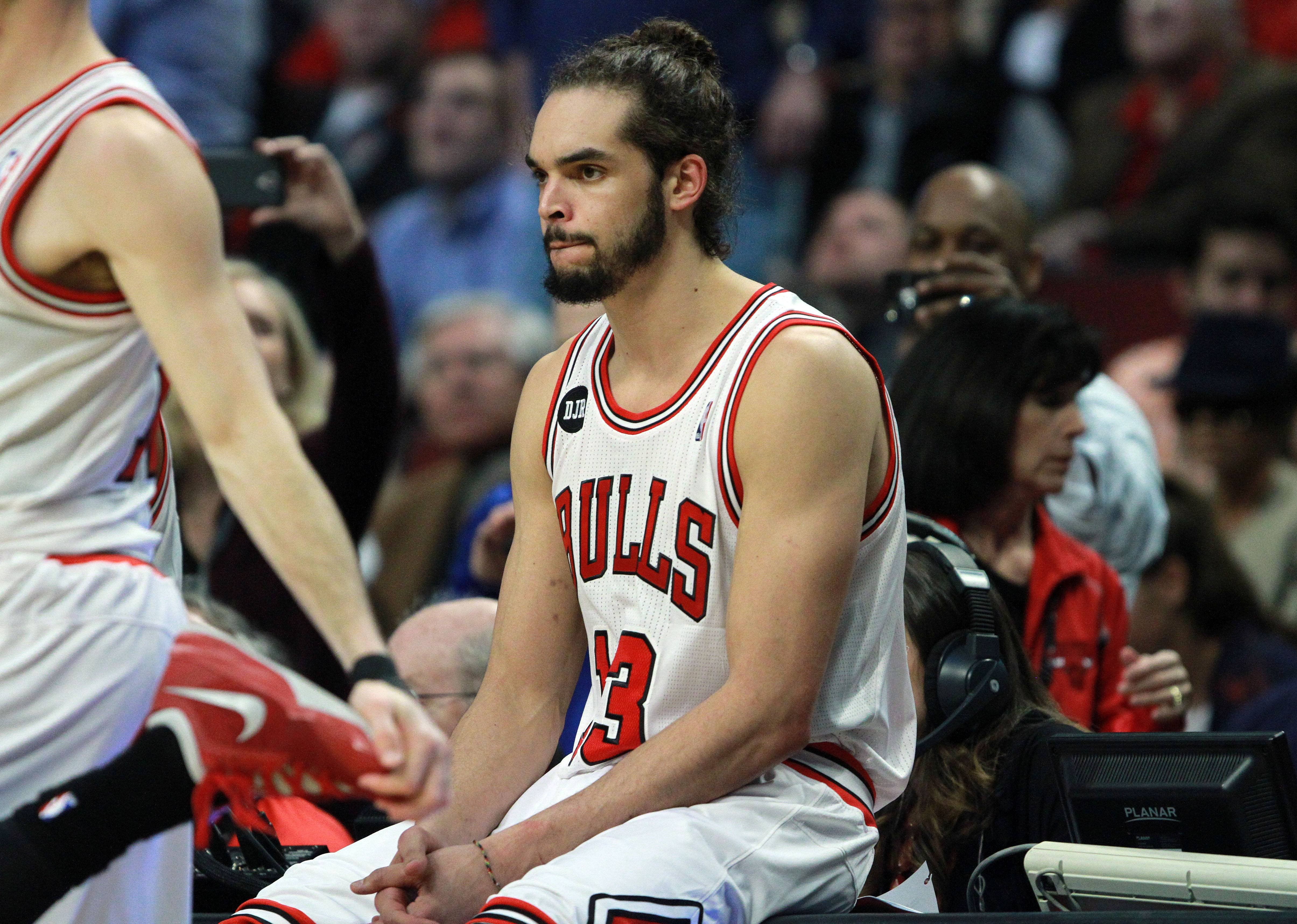 Multiple sources are reporting that Joakim Noah will almost certainly be joining the New York Knicks after free agency begins, with a salary expected to be about $18 million per year.