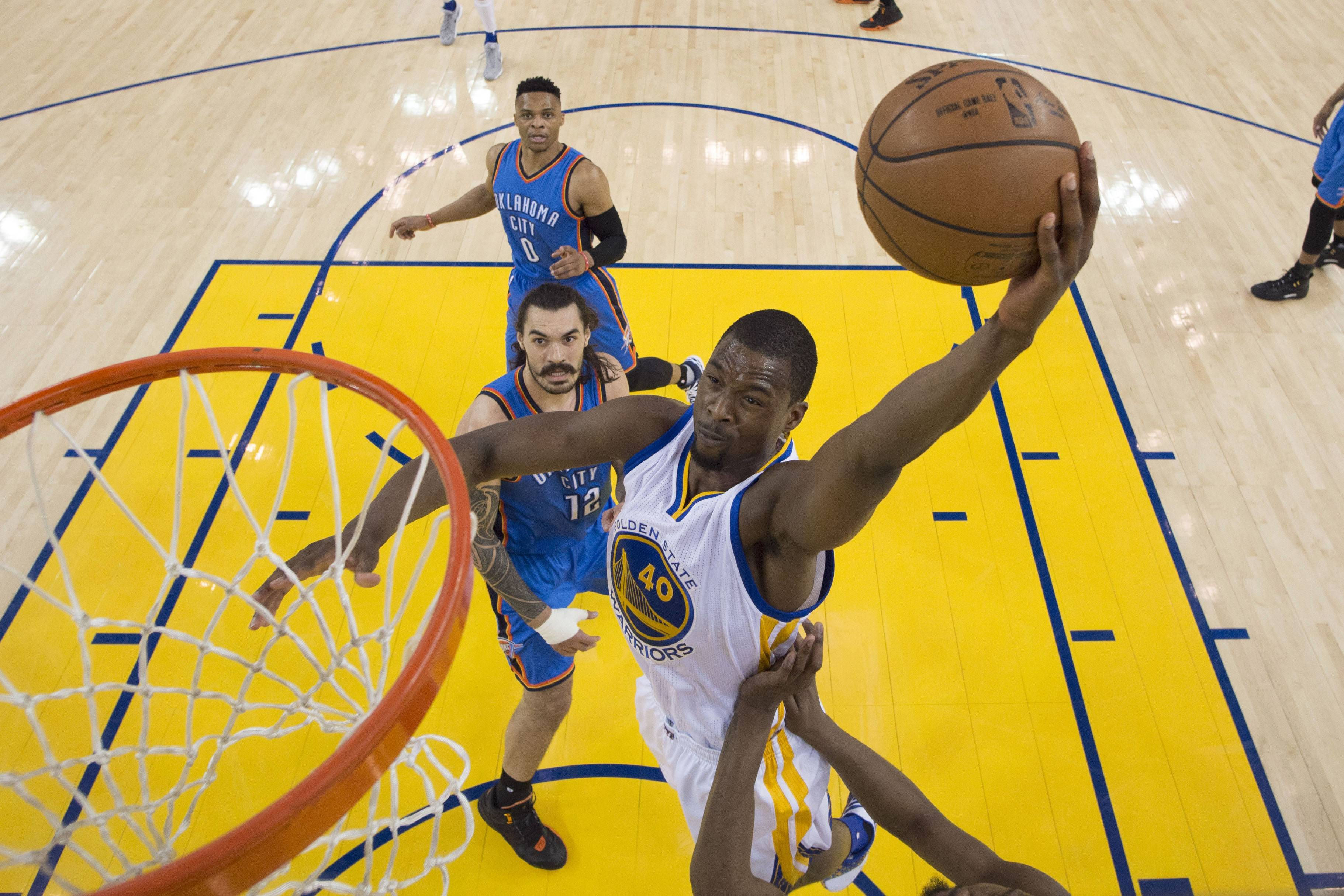 Golden State Warriors forward Harrison Barnes should be the Bulls' top target once free agency opens Thursday night, according to Mike McGraw.