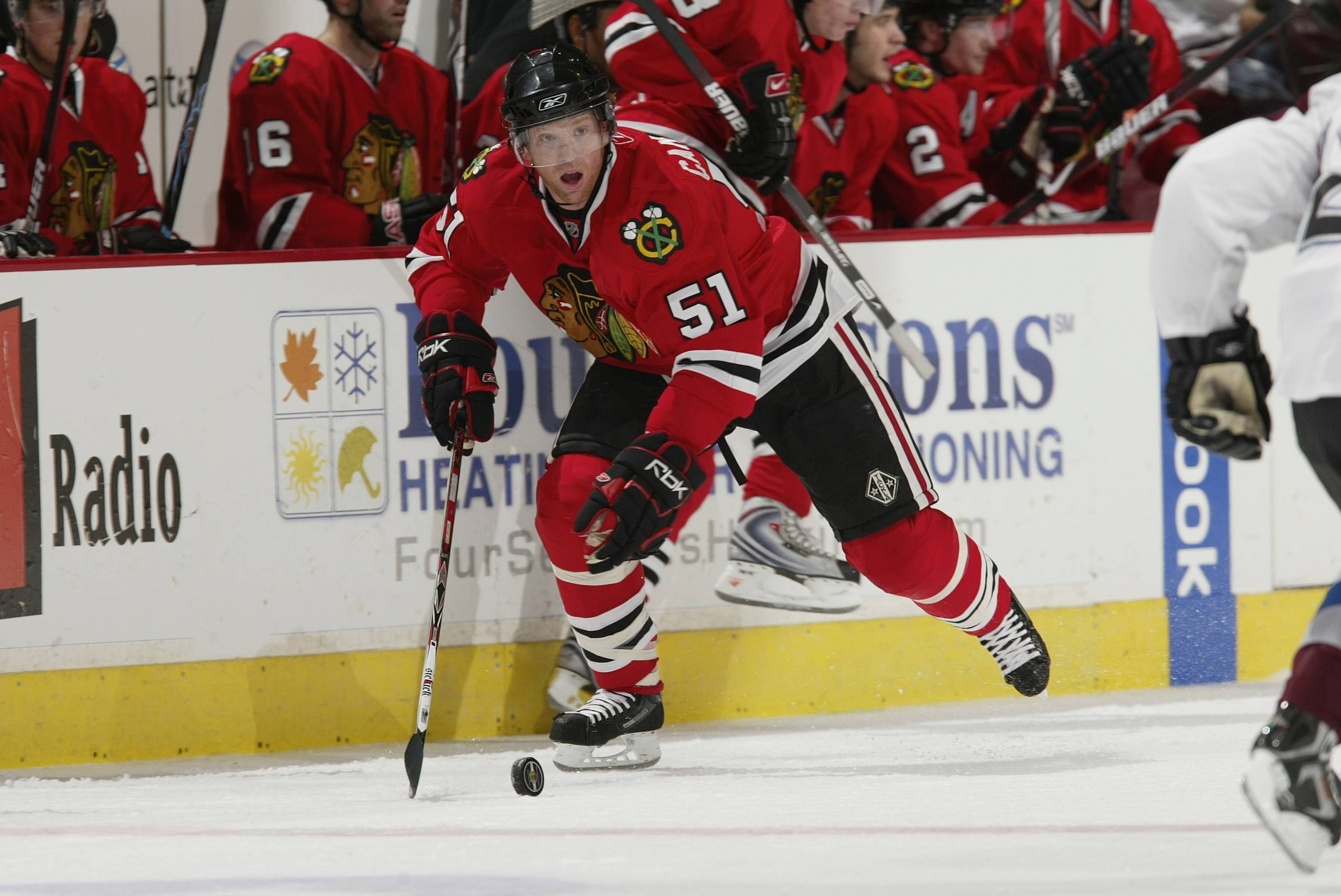 The Blackhawks and Brian Campbell have agreed to terms on a one-year deal. Campbell played with the Hawks from 2008-11, winning a Stanley Cup in 2010.