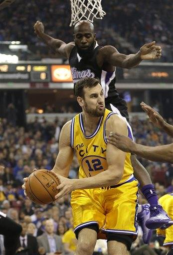 AP source  Mavs getting C Andrew Bogut in deal with Warriors 479fa414b2f3