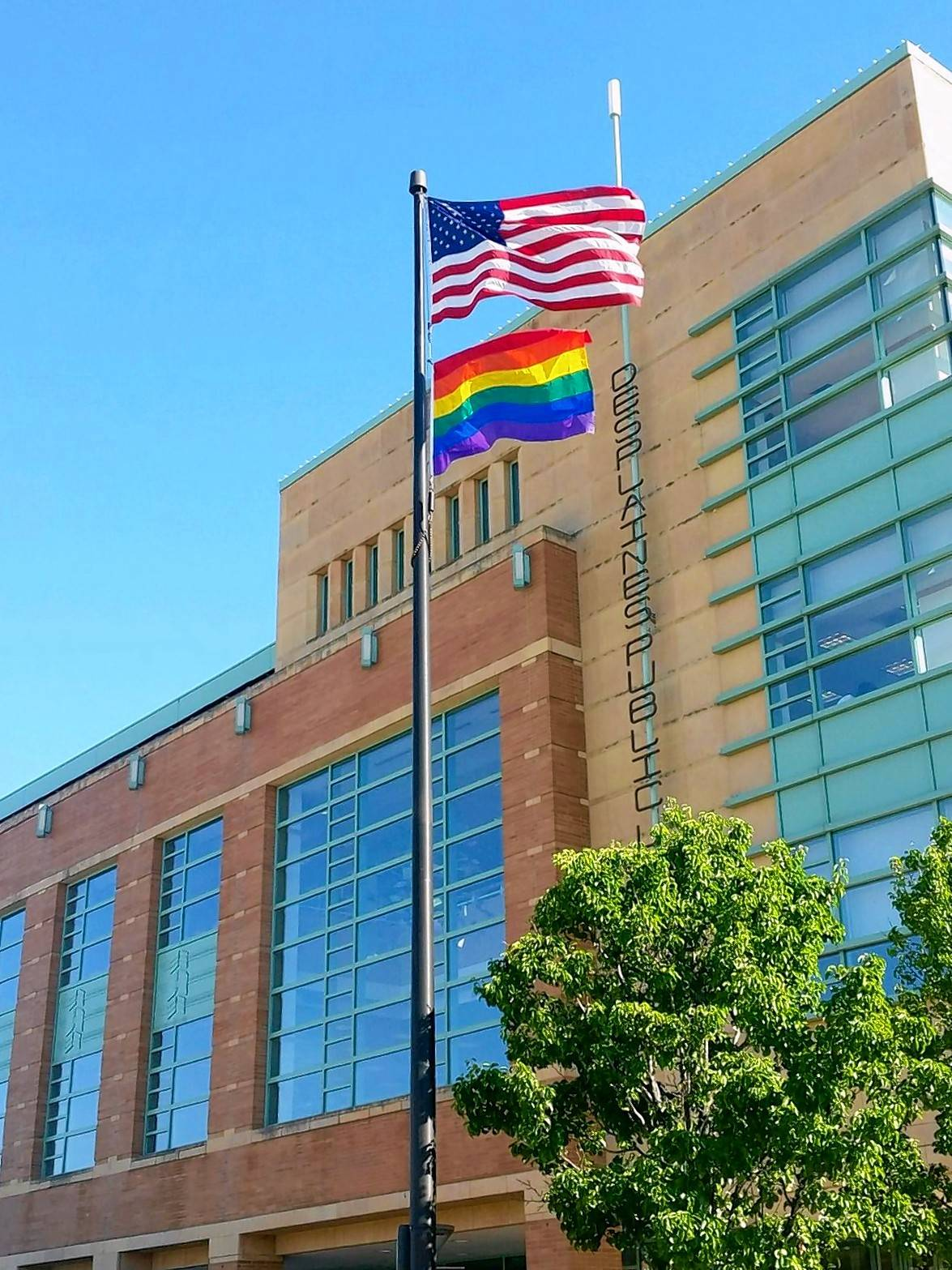 In response to the rainbow flag flying outside the Des Plaines Public Library, city aldermen on Tuesday narrowly passed a measure allowing only the flags of the United States, state of Illinois and city of Des Plaines, and the POW-MIA flag to fly over municipal property. Any other flags would require prior approval from the city council.