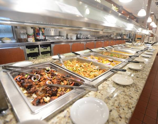 The Buffet At Ruchi Restaurant In Naperville Offers Mainly Indian And Chinese Items But