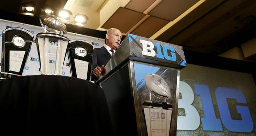 Big Ten commissioner Jim Delany speaks to the media at the Big Ten NCAA college football media days, Tuesday, July 26, 2016 in Chicago. (AP Photo/Tae-Gyun Kim)