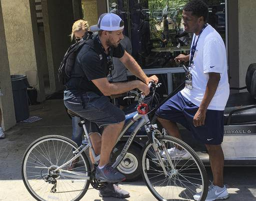 NFL Jerseys Cheap - Like riding a bike: Rams veterans roll up to training camp