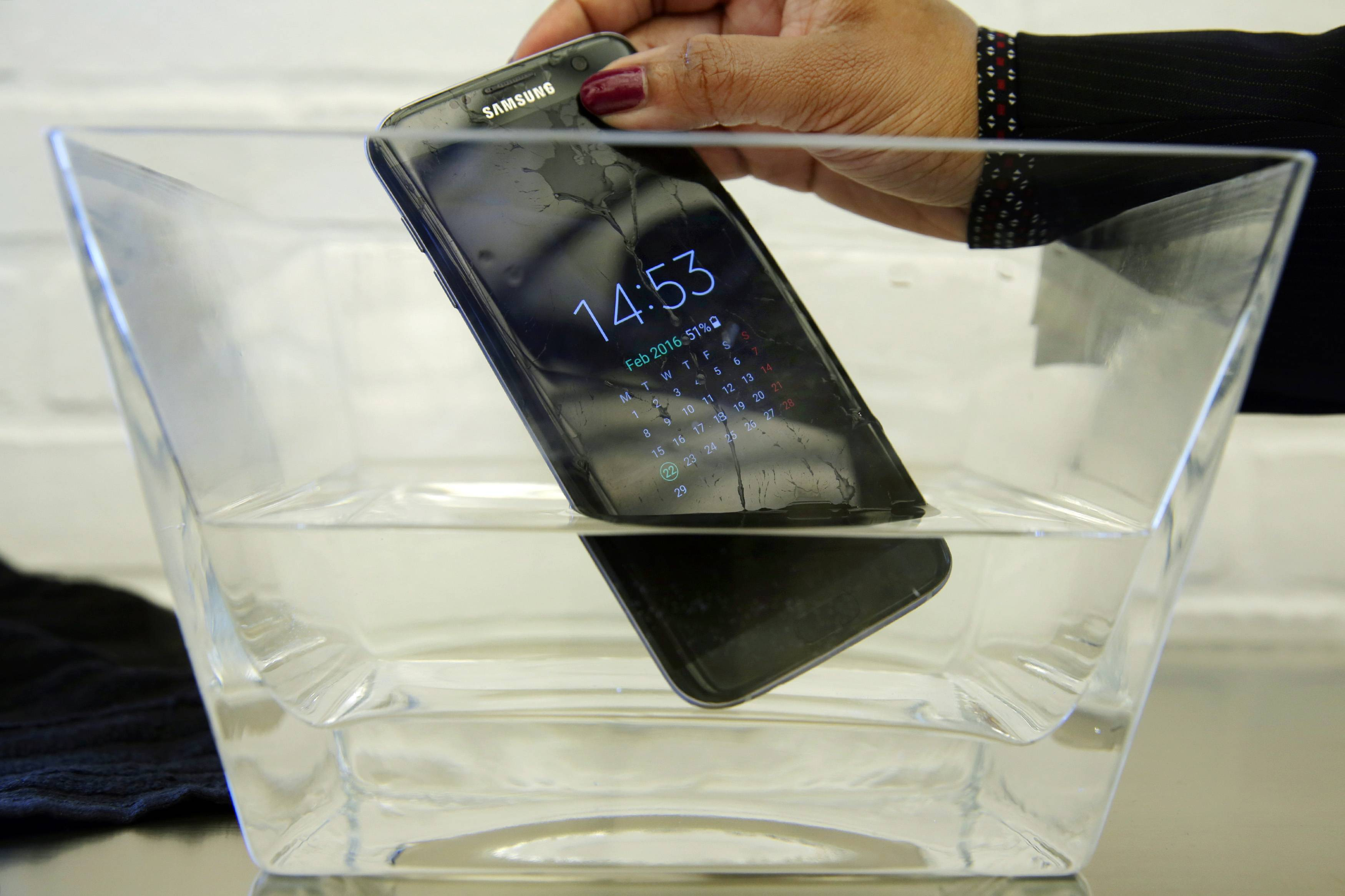 The Samsung S7 Edge is widely considered the best Android smartphone on the market — possibly the best ever made. The combination of a sleek design and strong battery life, along with favorite features that had been removed from previous models and competitors' phones — such as the option to expand storage with an SD card and waterproofing — appealed to customers.