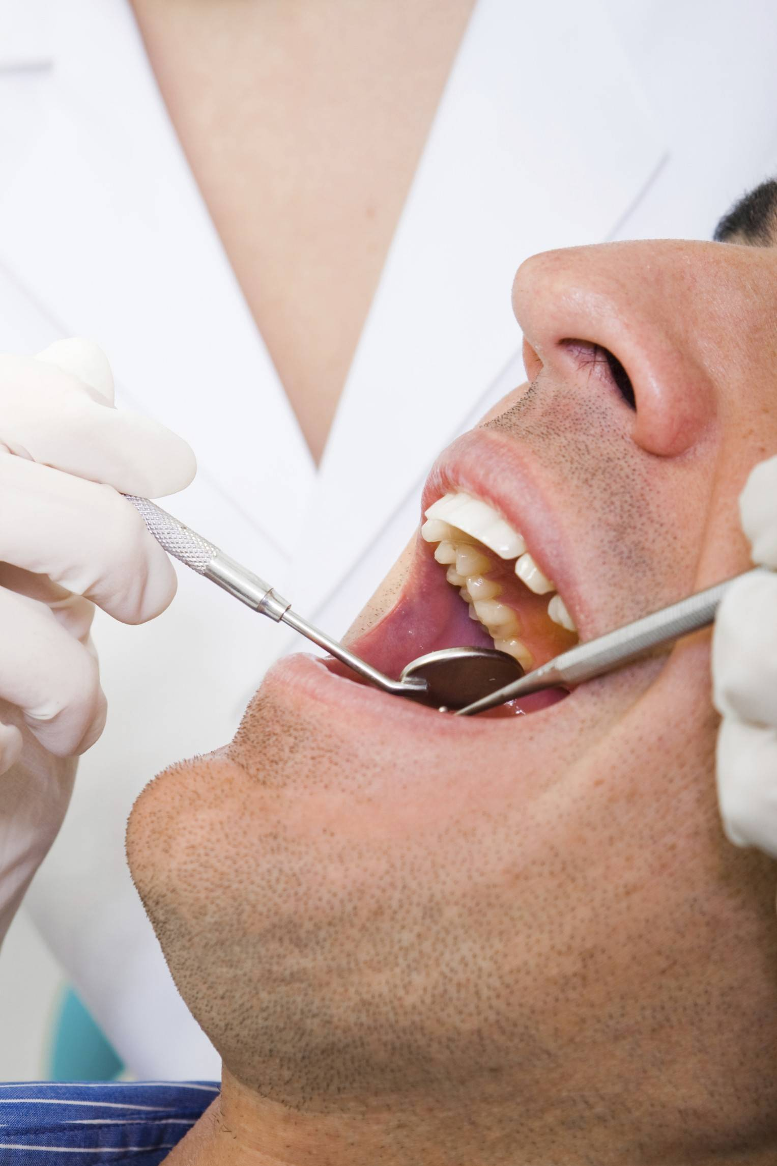 Could a new type of synthetic biomaterial allow teeth to repair themselves?