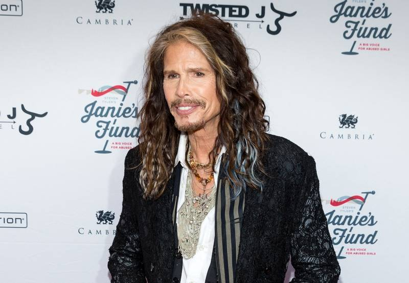 Steven Tyler brings new solo sound to Chicago