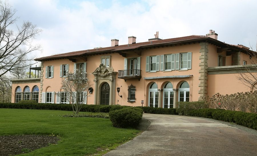 The Cuneo Mansion and Gardens is being reopened for a limited time this fall for public tours.