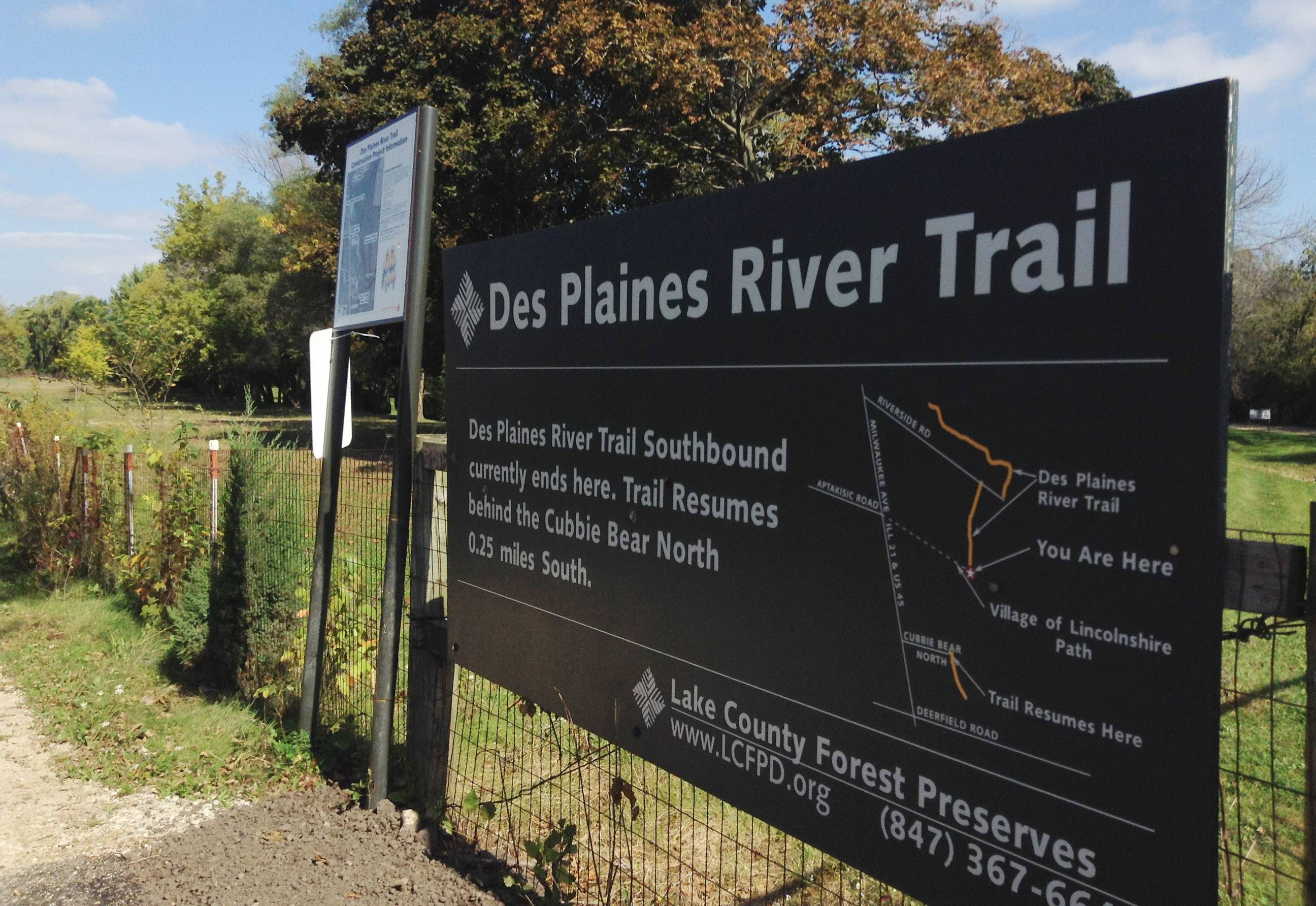 Lake forest preserves issue Des Plaines River Trail challenge