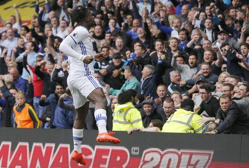 Chelsea's Michy Batshuayi celebrates after scoring during the English Premier League soccer match between Watford and Chelsea at Vicarage Road stadium in London, Saturday, Aug. 20, 2016.(AP Photo/Frank Augstein)