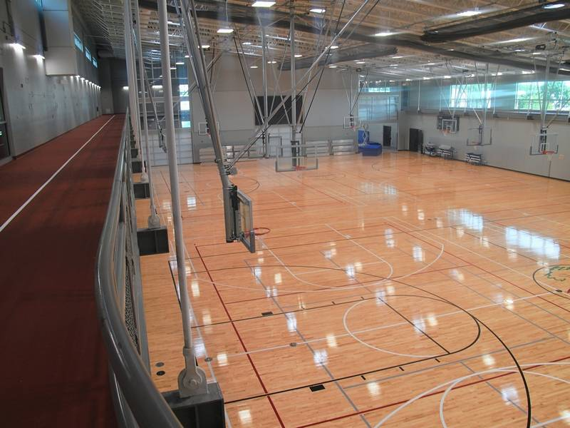 Naperville S Fort Hill Brings Big Deal Fitness Opportunities