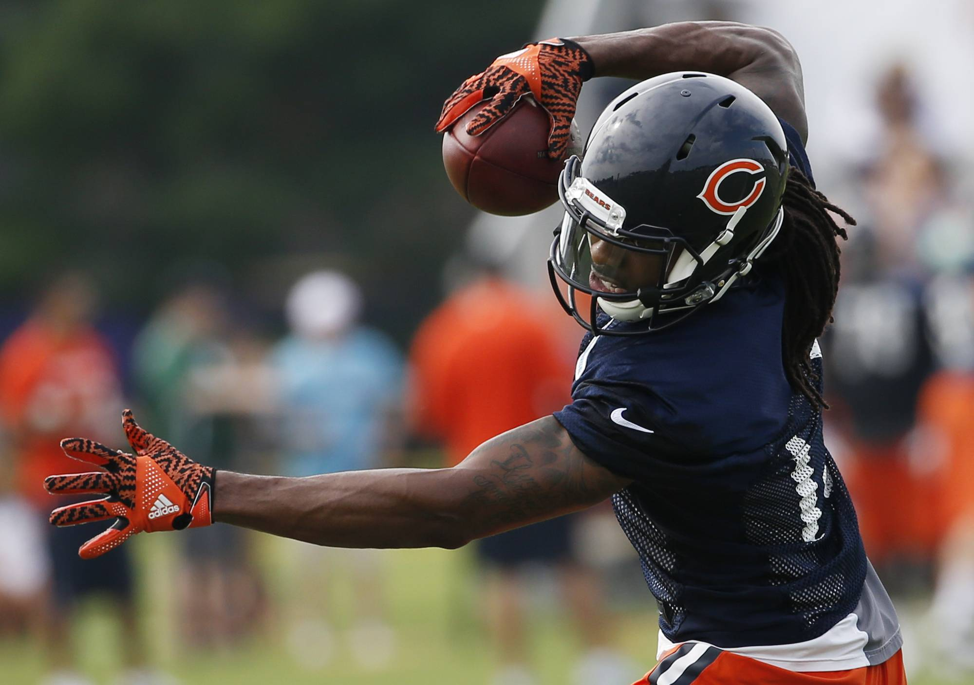 Chicago Bears wide receiver Kevin White catches a ball during practice at the NFL football teams training camp at Olivet Nazarene University, in Bourbonnais, Ill., Thursday, July 28, 2016. (AP Photo/Nam Y. Huh)