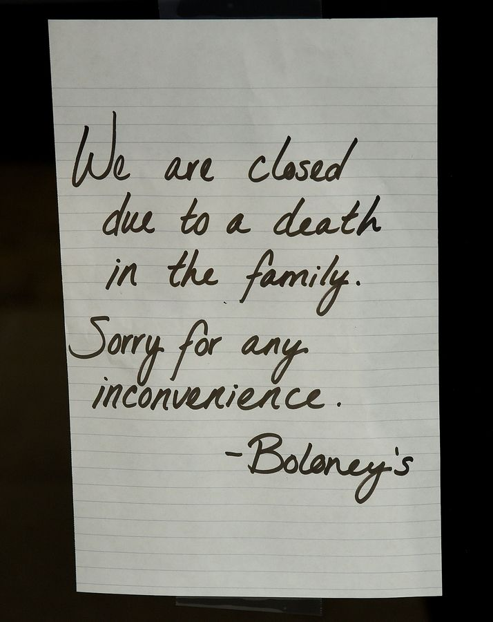 A note on the door of Boloney's Sandwich Shop on Tuesday.