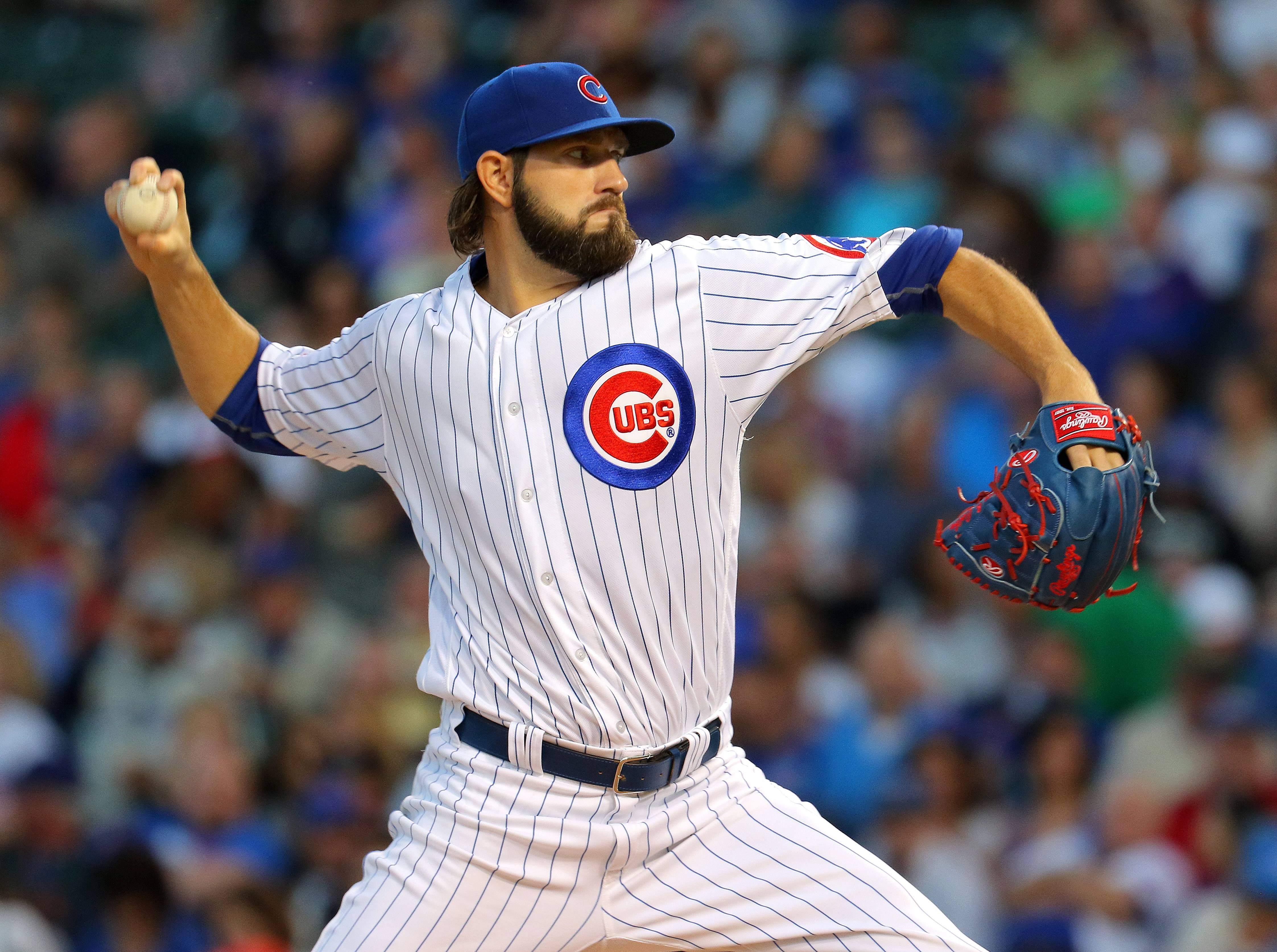 Chicago Cubs starting pitcher Jason Hammel pitches during their game against the Pittsburg Pirates at Wrigley Field in Chicago Wednesday, August 31, 2016.