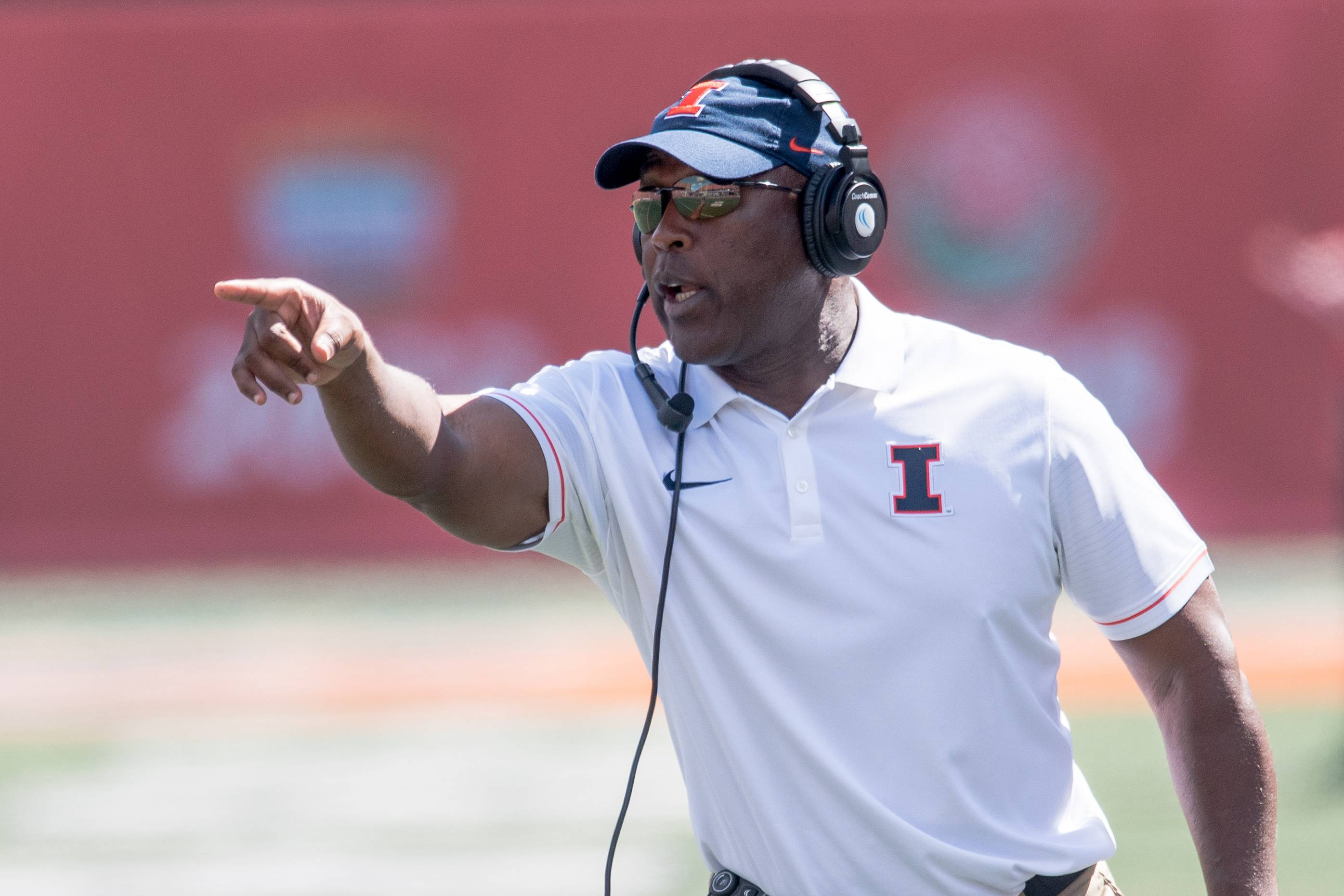 Illinois head coach Lovie Smith shouts during the first quarter of an NCAA college football game against Murray State Saturday, Sept. 3, 2016 at Memorial Stadium in Champaign, Ill.