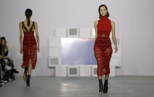 London Fashion Week Returns With Big Names Hitting Catwalk