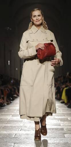 62bdf8a7422 Model and actress Lauren Hutton wears a creation for the Bottega Veneta  women s Spring-Summer