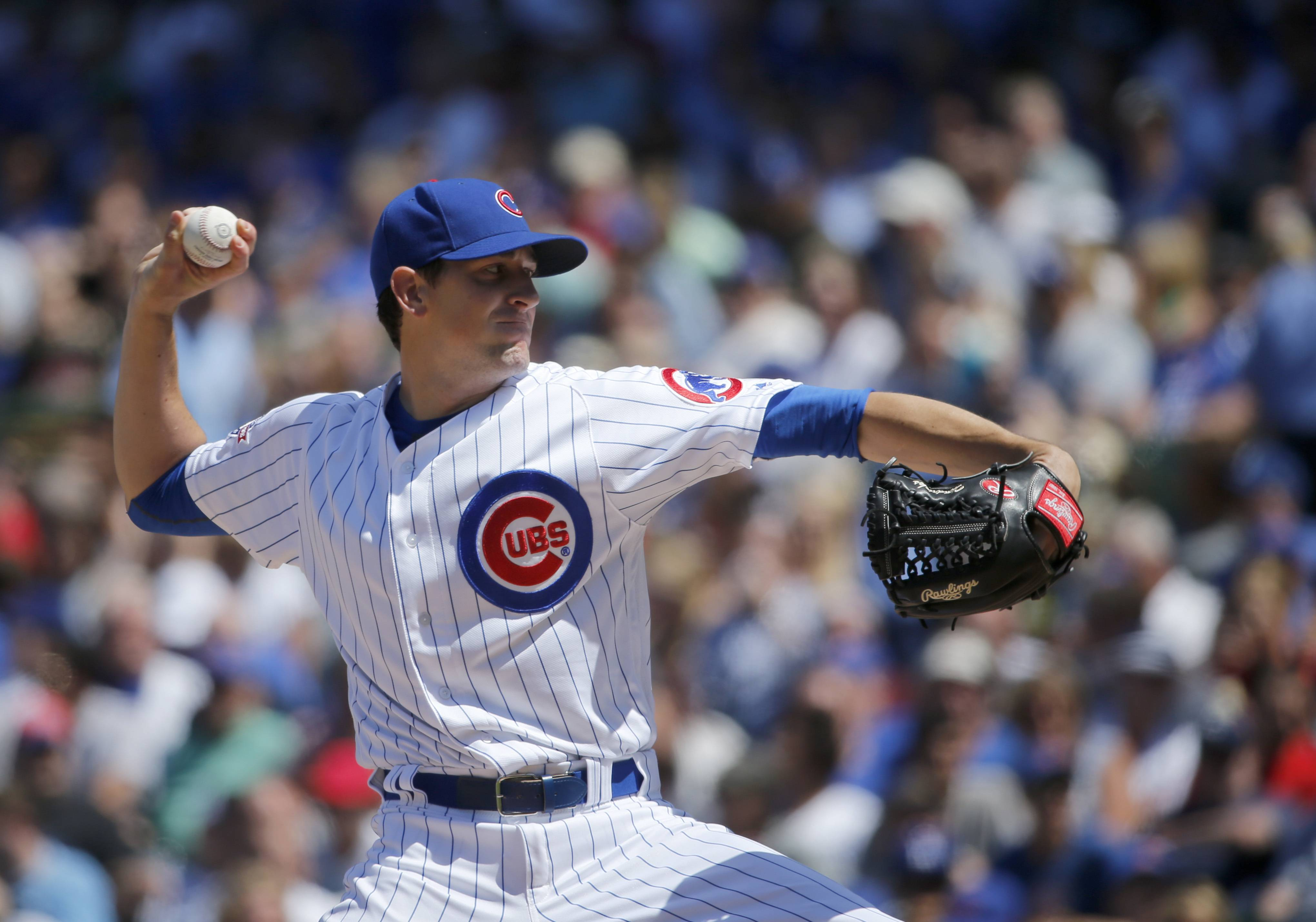 Chicago Cubs starting pitcher Kyle Hendricks delivers during the fifth inning of a baseball game against the Los Angeles Dodgers Thursday, June 2, 2016, in Chicago.