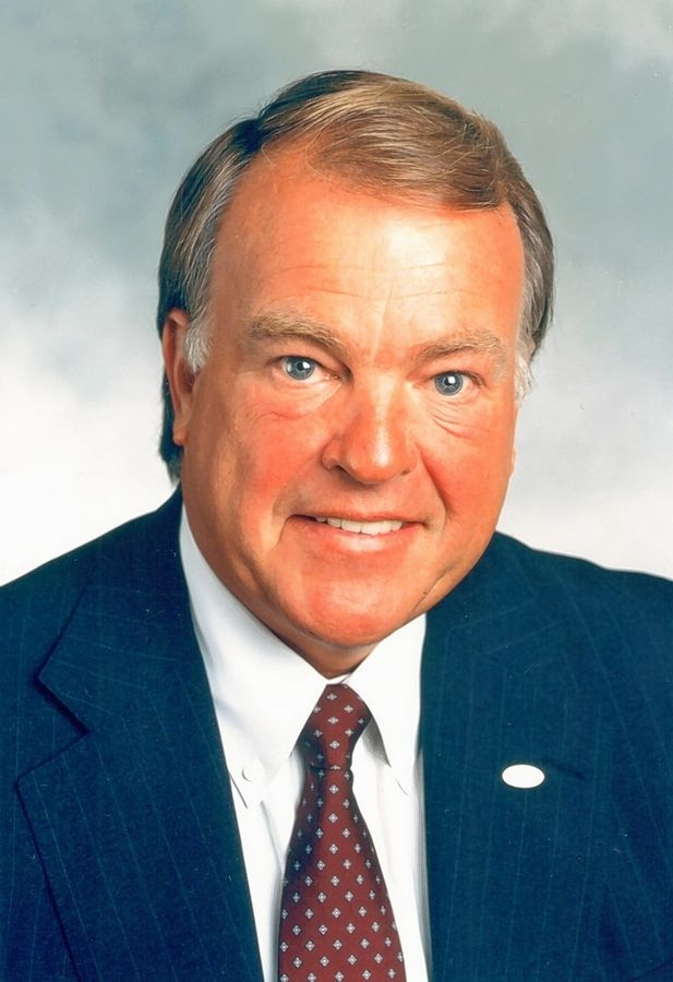 "Charles R. ""Cork"" Walgreen III, former president, CEO, chairman of the board, and chairman emeritus of the Deerfield-based drugstore chain Walgreen Co., died Monday at his home in Lake Forest."