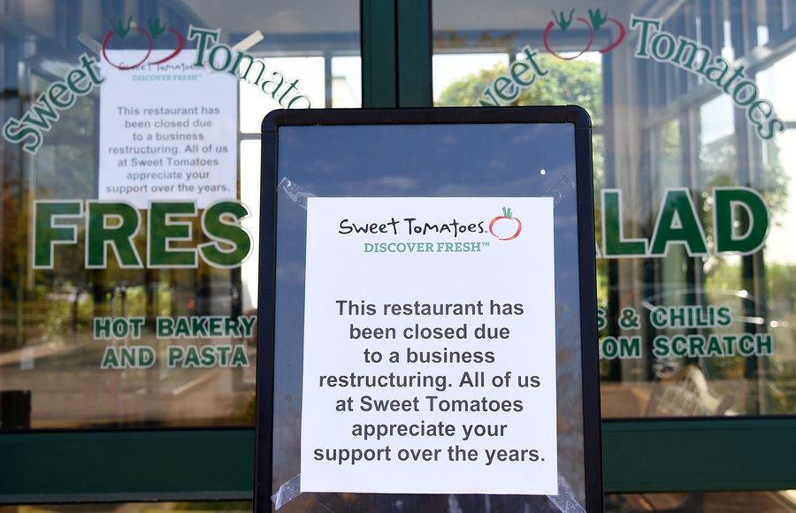 64e3c79f03 Sweet Tomatoes closes all Illinois restaurants